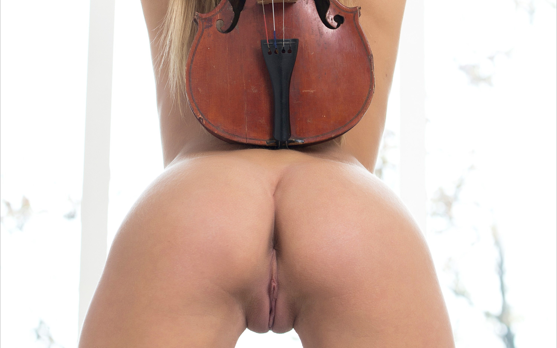 karissa mpl studios nude violine