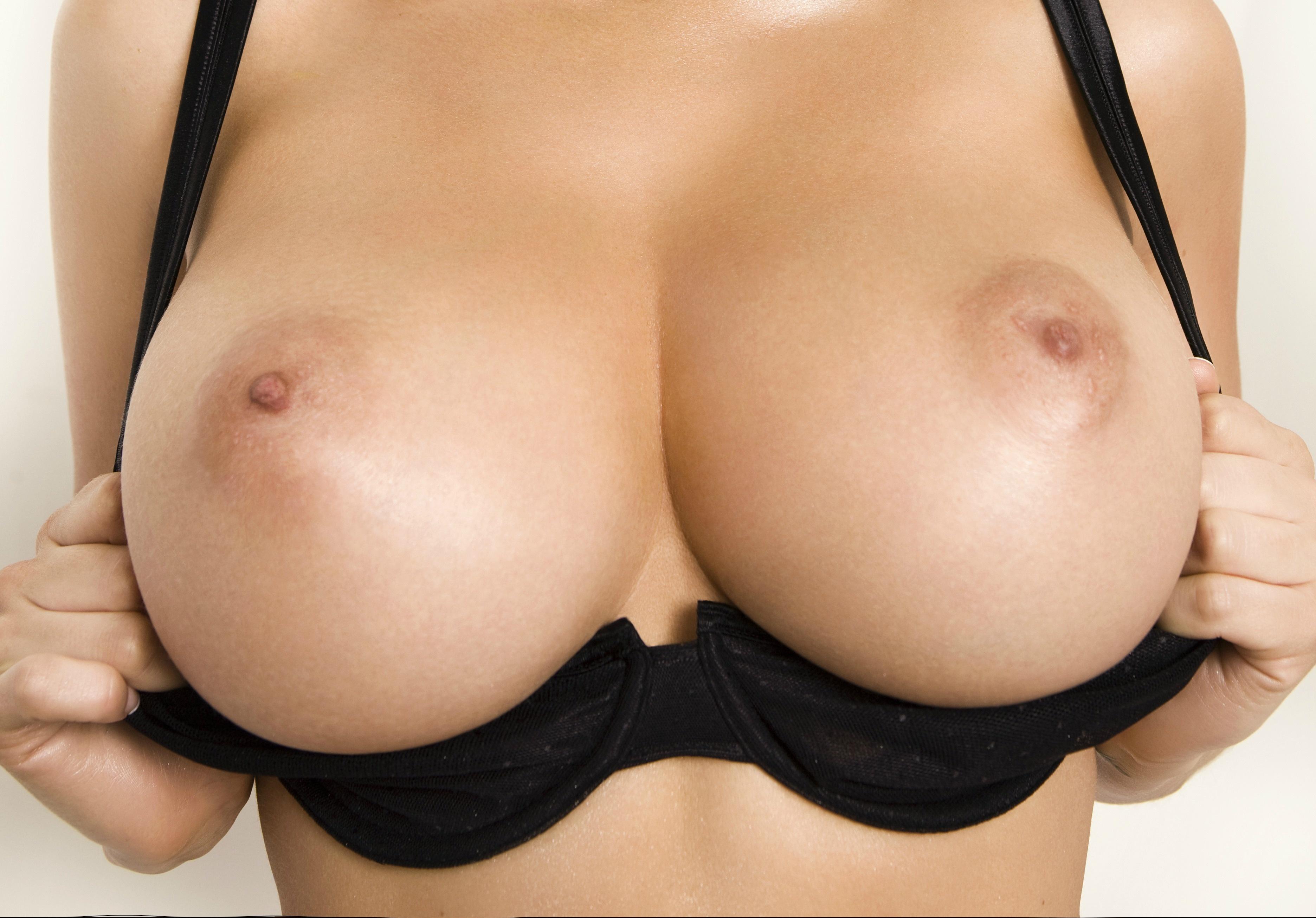 Big Tits Glamour Pics
