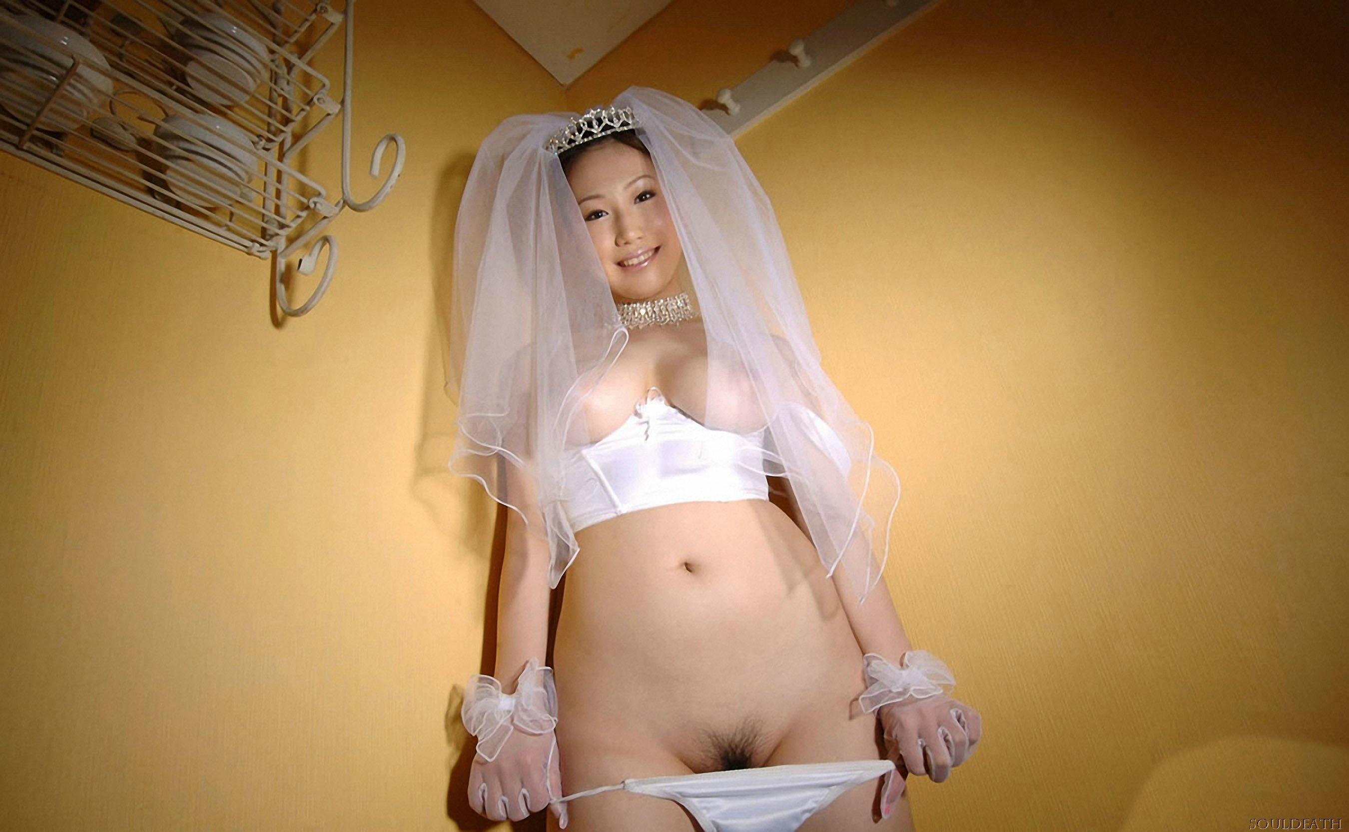Эротика под юбкой невесты 13 фотография