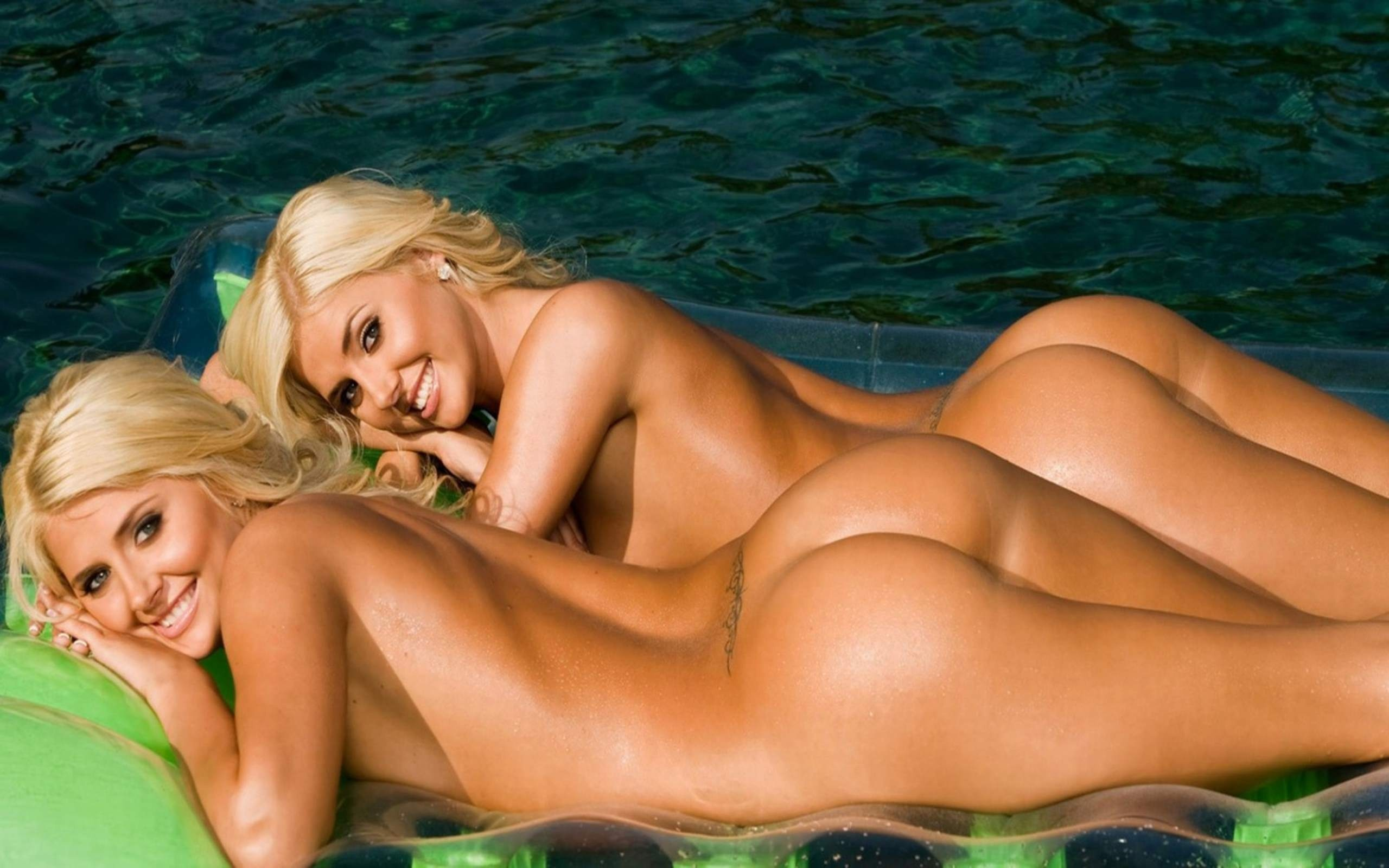 shannon twins nude