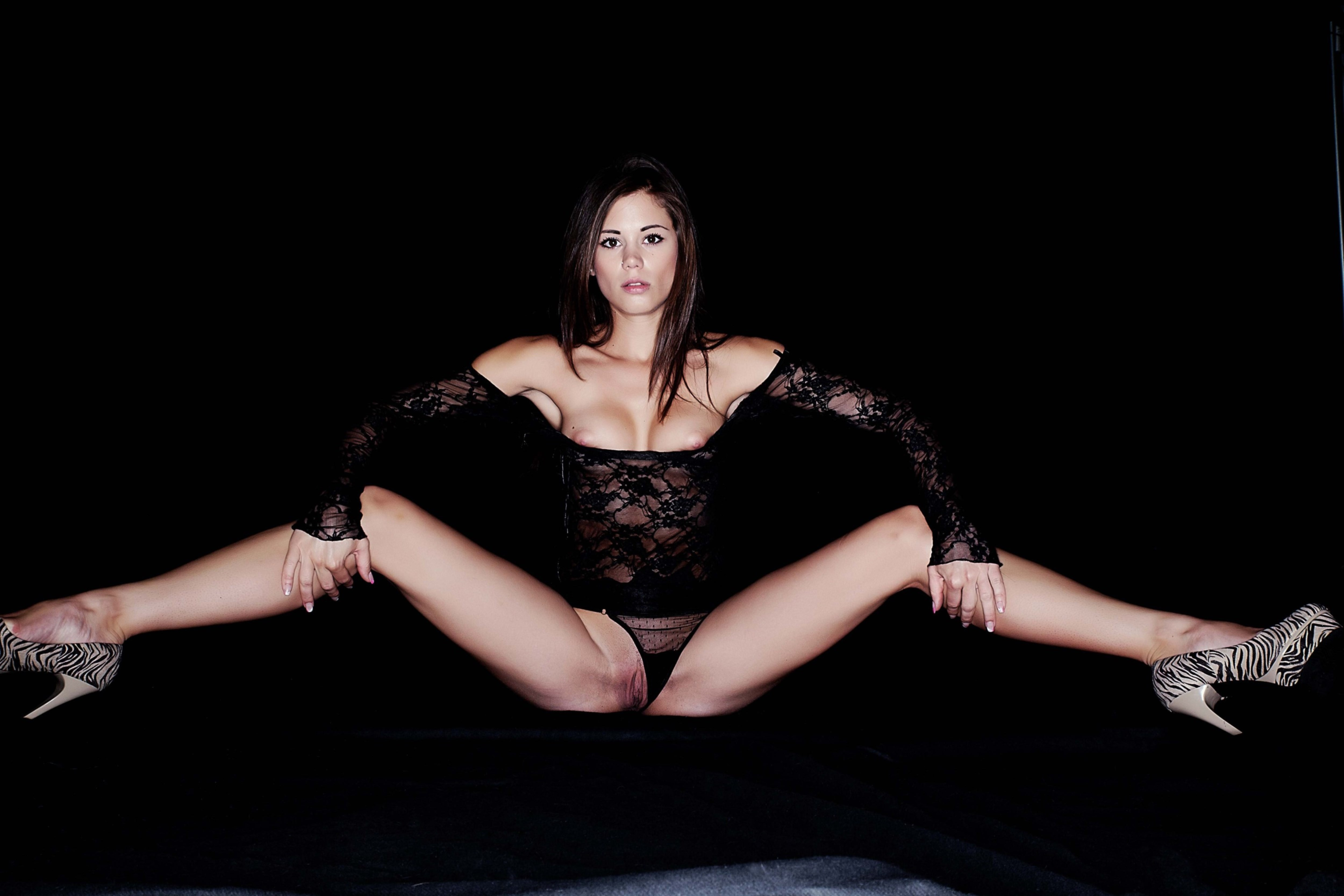 Wallpaper caprice, nude, front, black, open legs pussy ...
