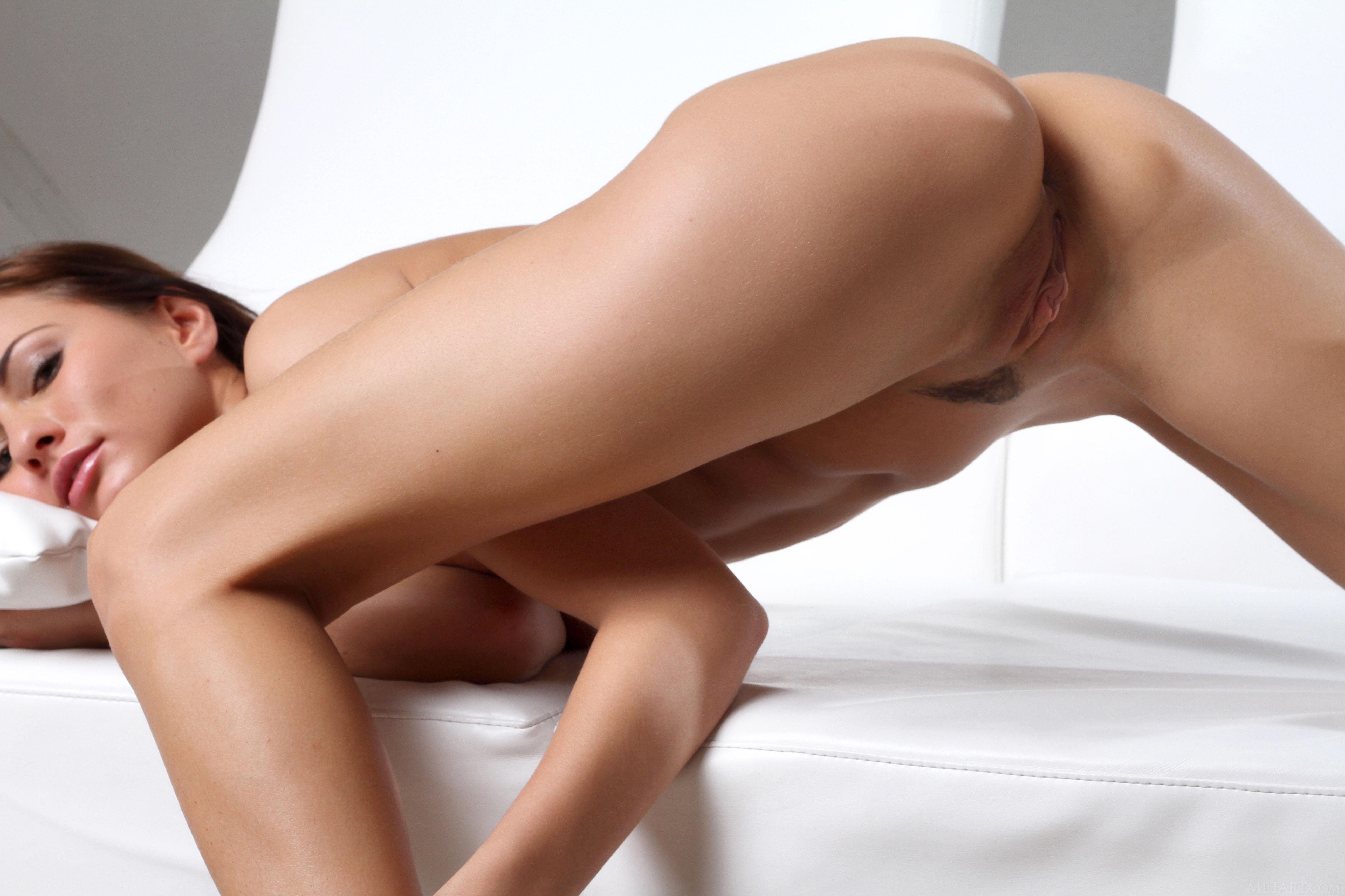 Art michaela nude met