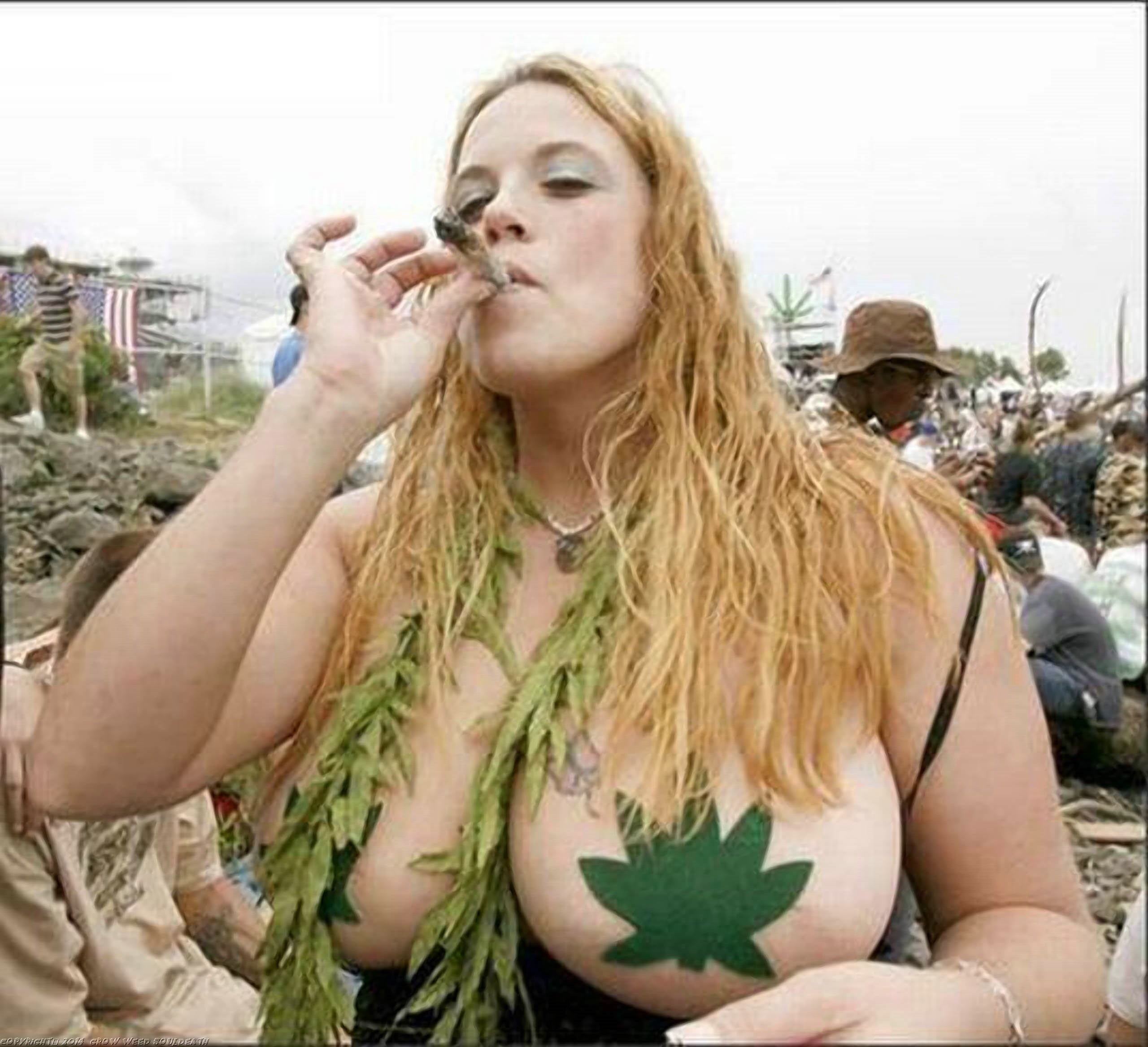 Boobs from weed