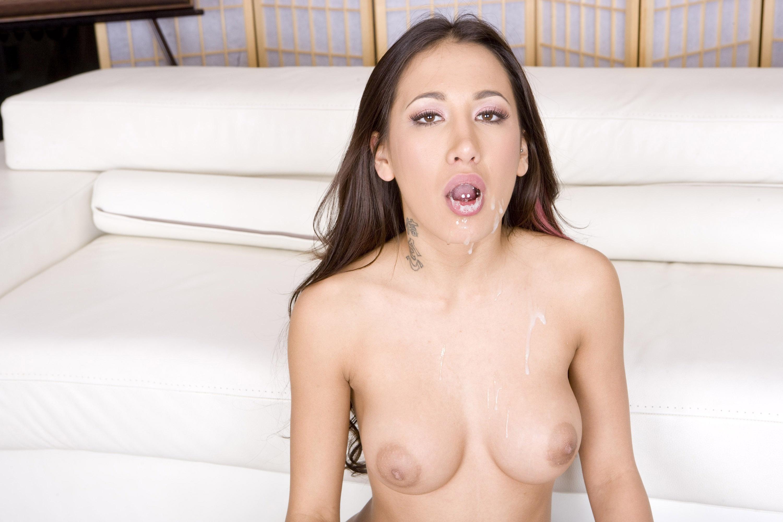 amia miley nude