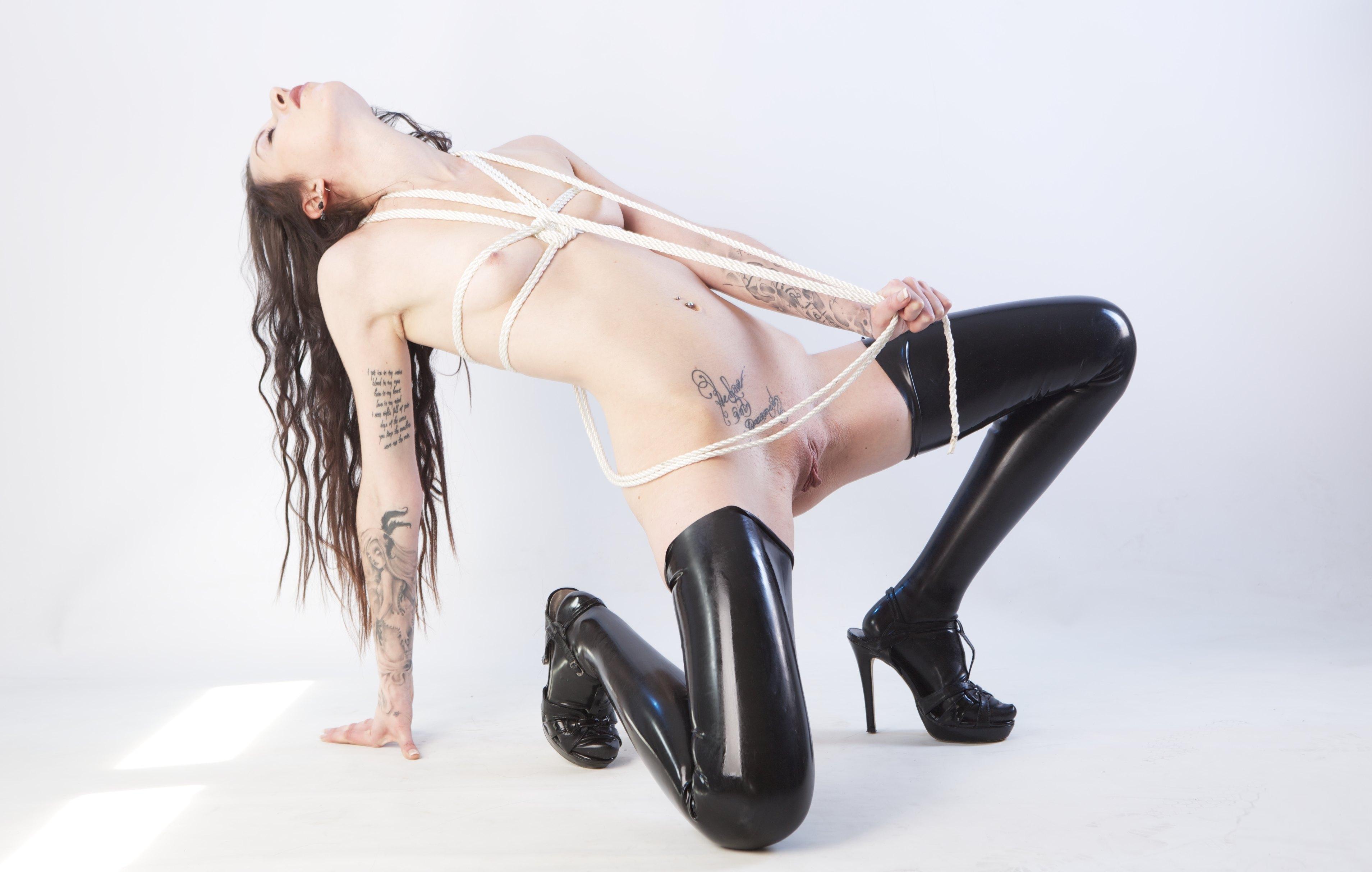 in babe tara stockings hot