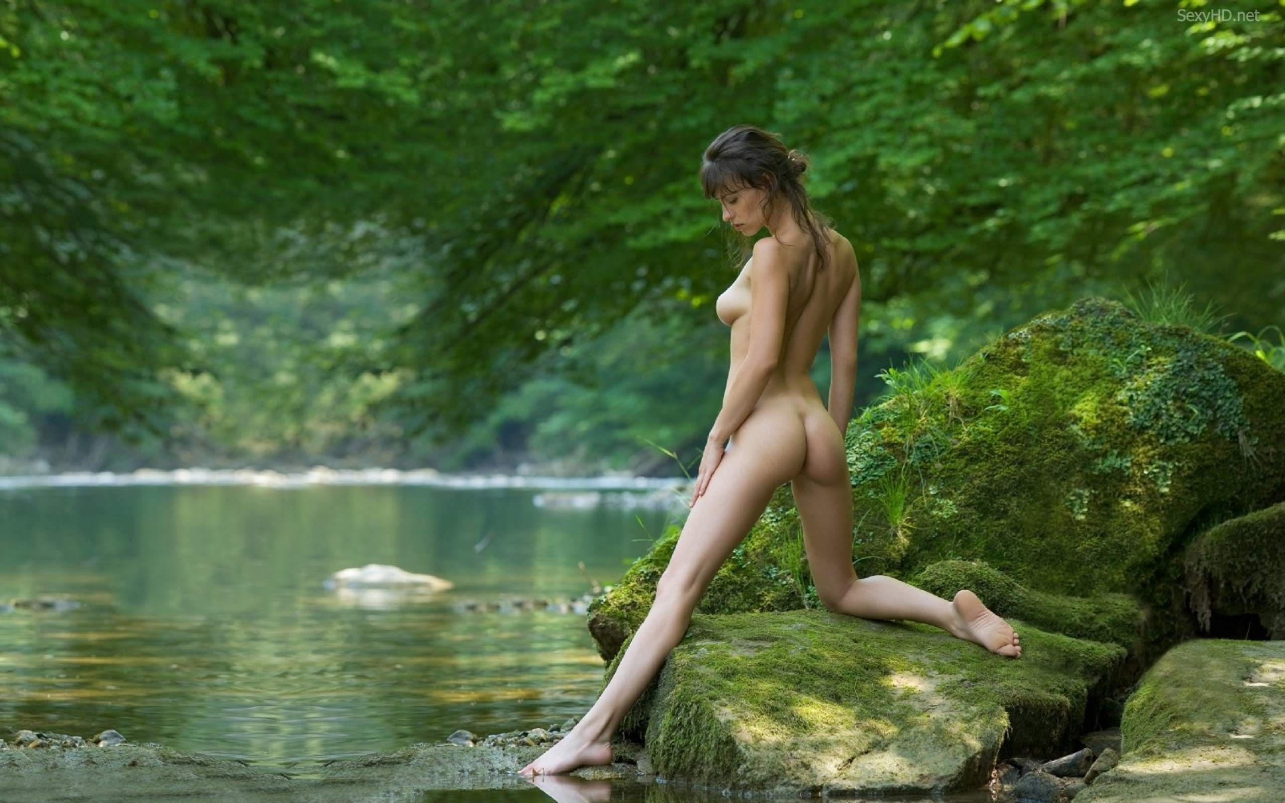 Jungle black girls necked photos erotic image