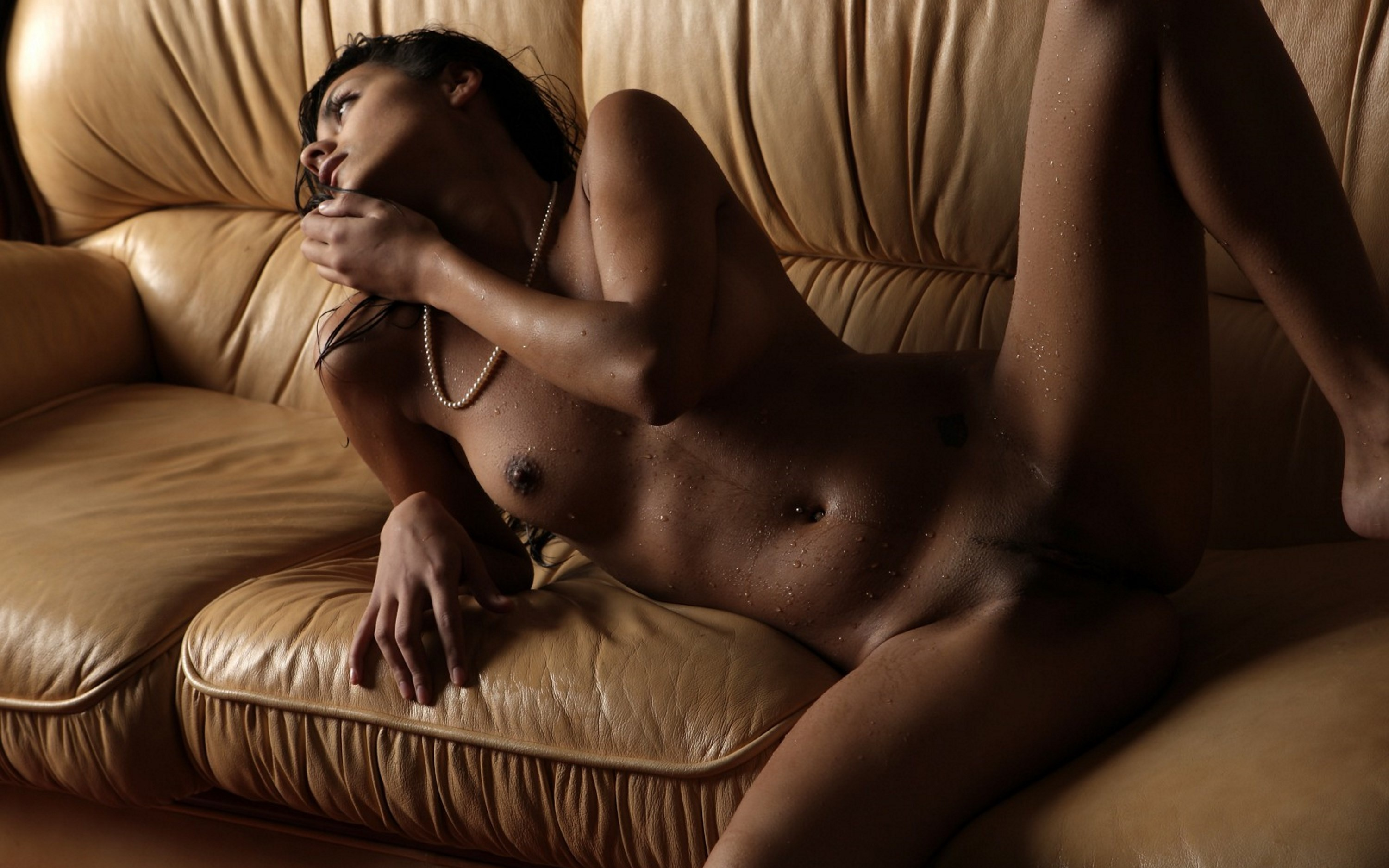 Chubby brunette women nude Hairy porn pictures