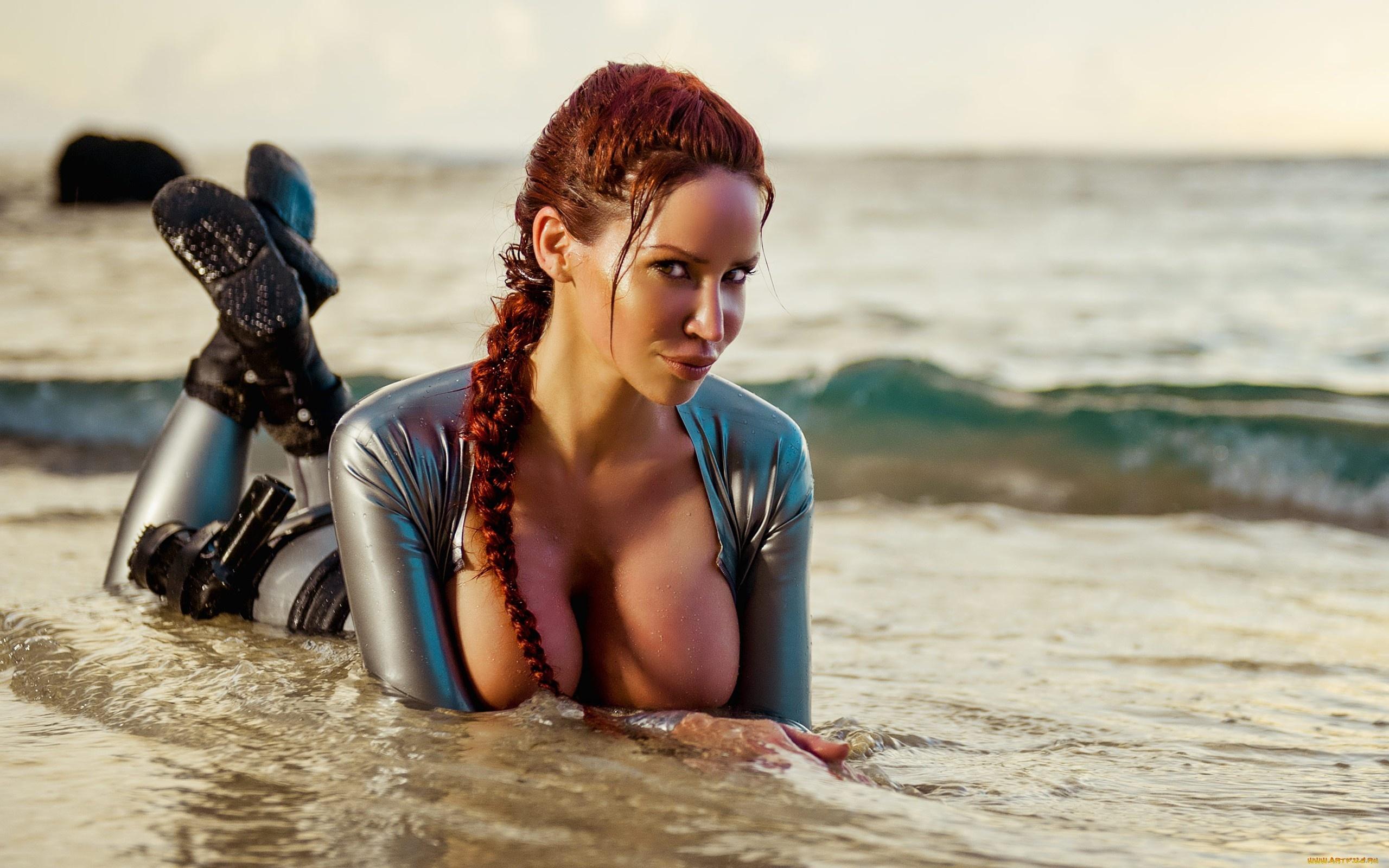 max-nude-tomb-raider-big-boobs-porn-jasmine-nude