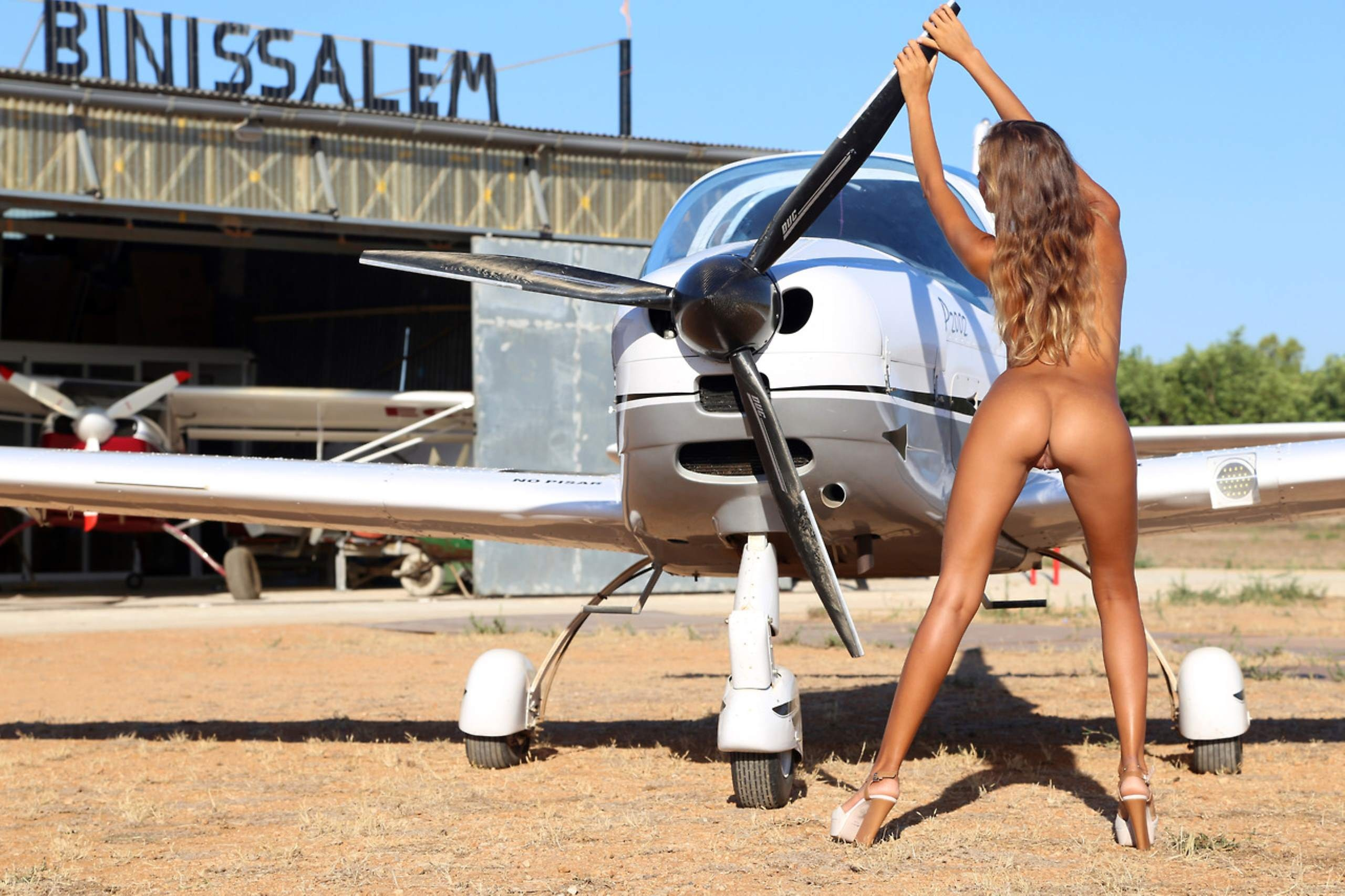 Nude airport pussy