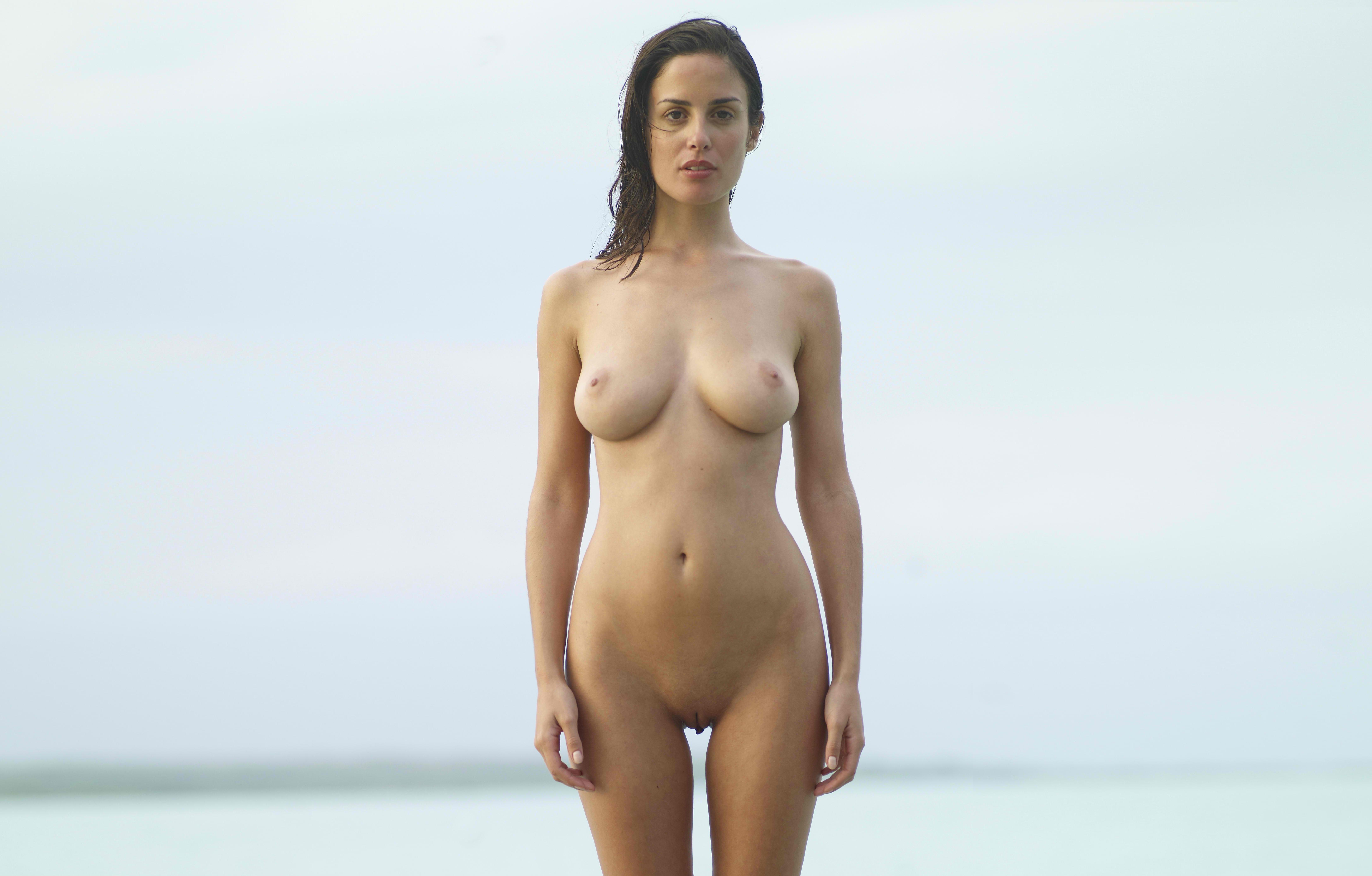 Blood range 2 nude mode xxx hairy woman