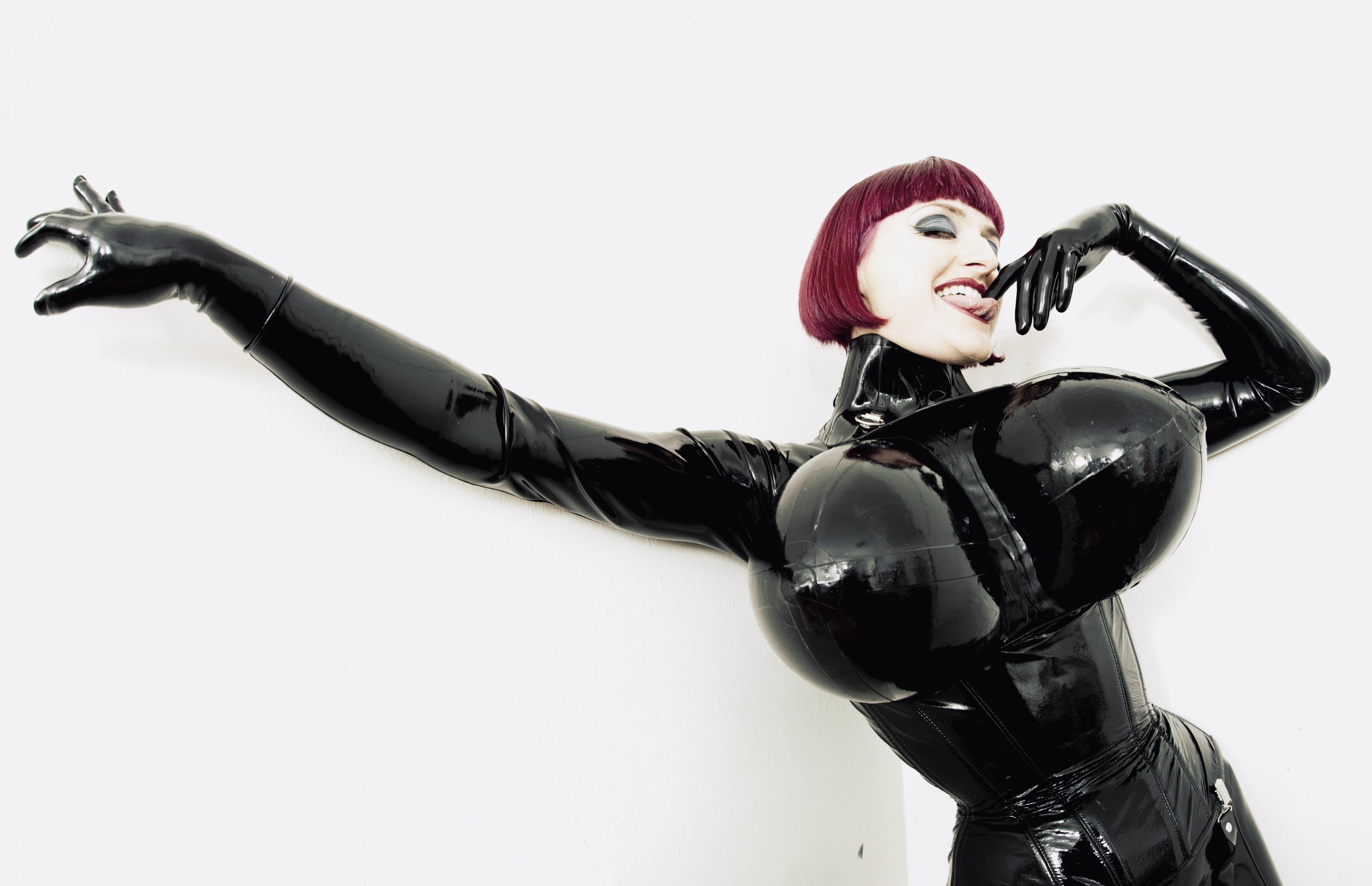 redhead tokyo dominatrix