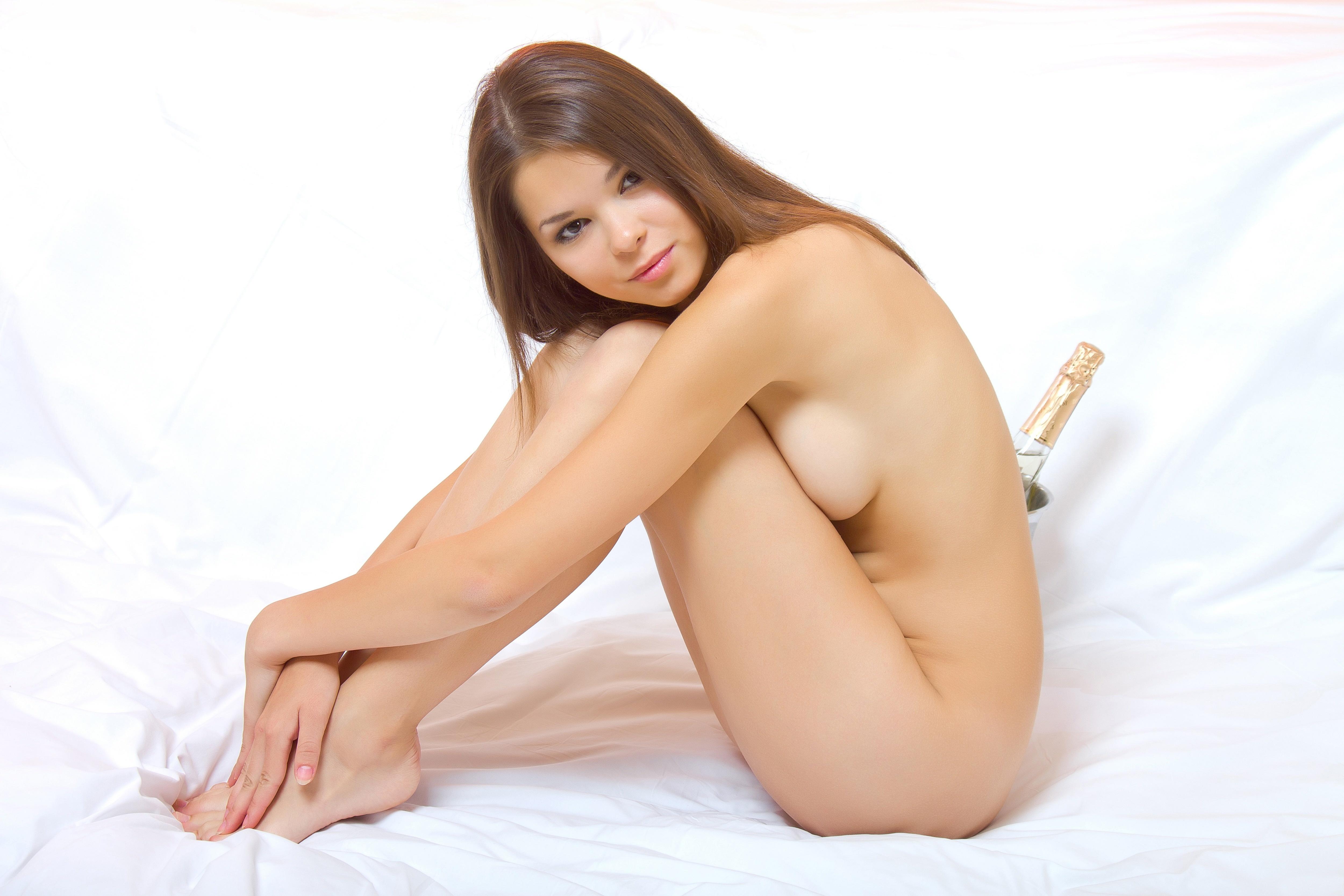 Nastya nude girls