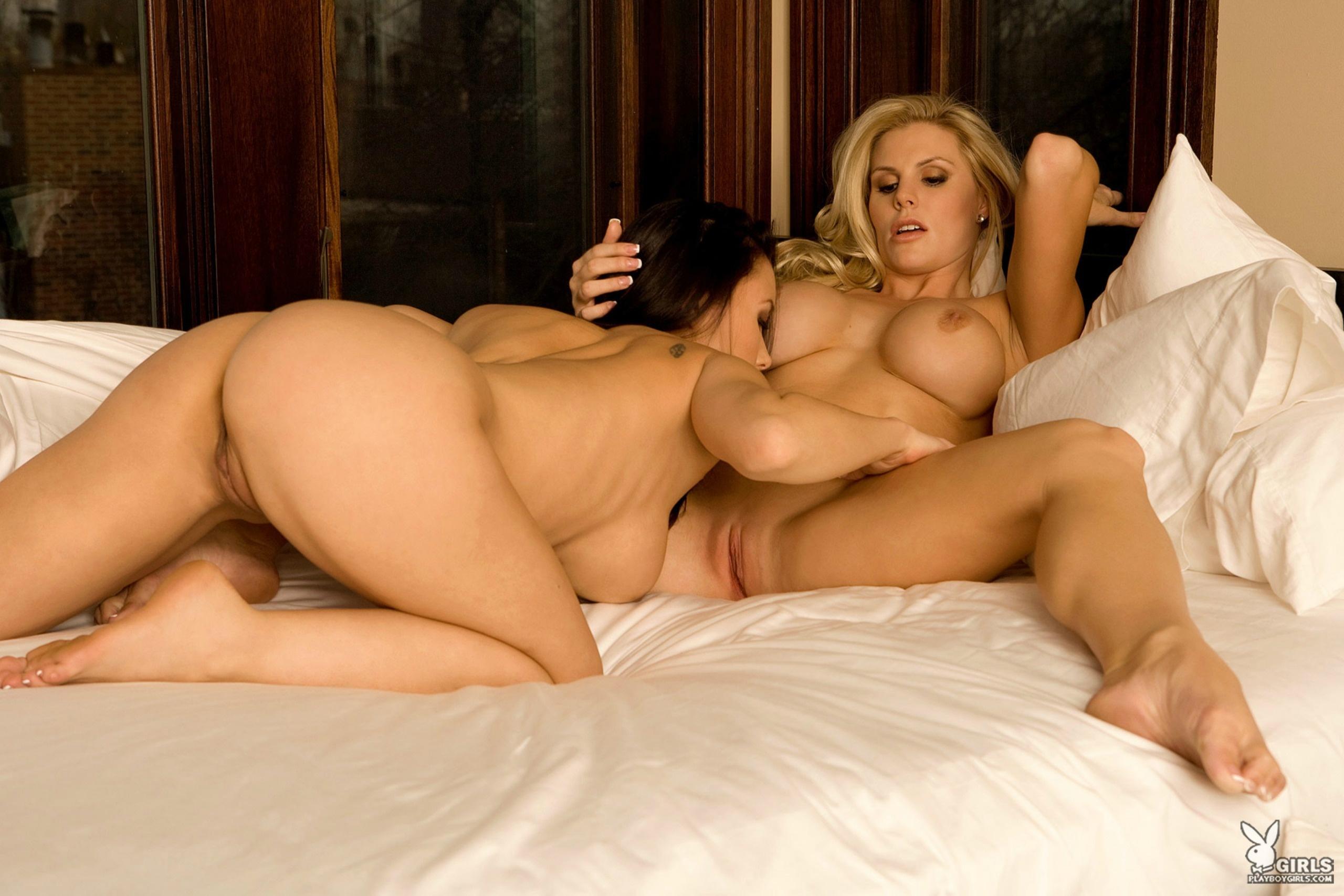 porno-foto-sisyastie-lesbiyanki-v-chulkah