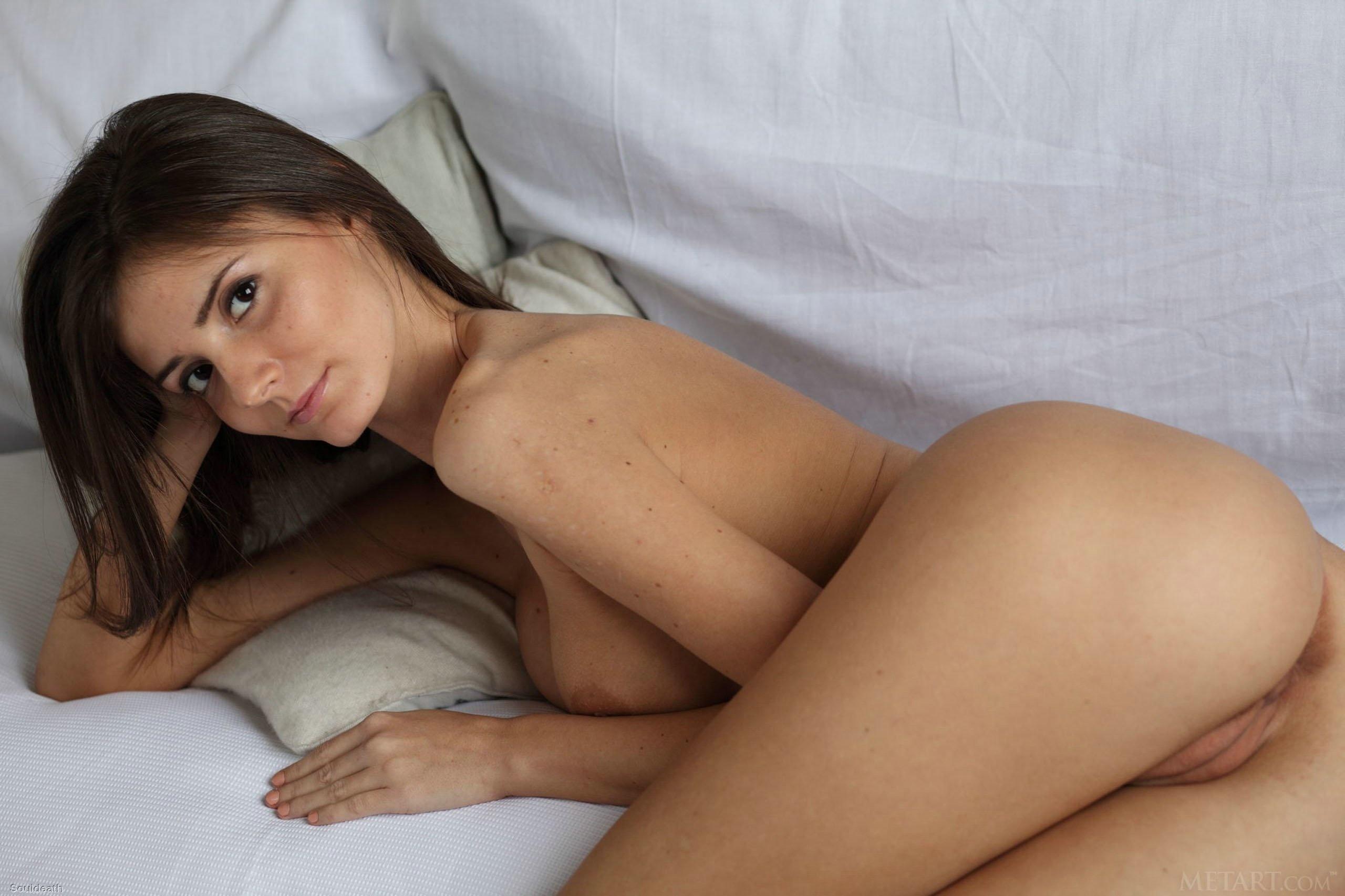 naked female celebs fingering themselfsgifs