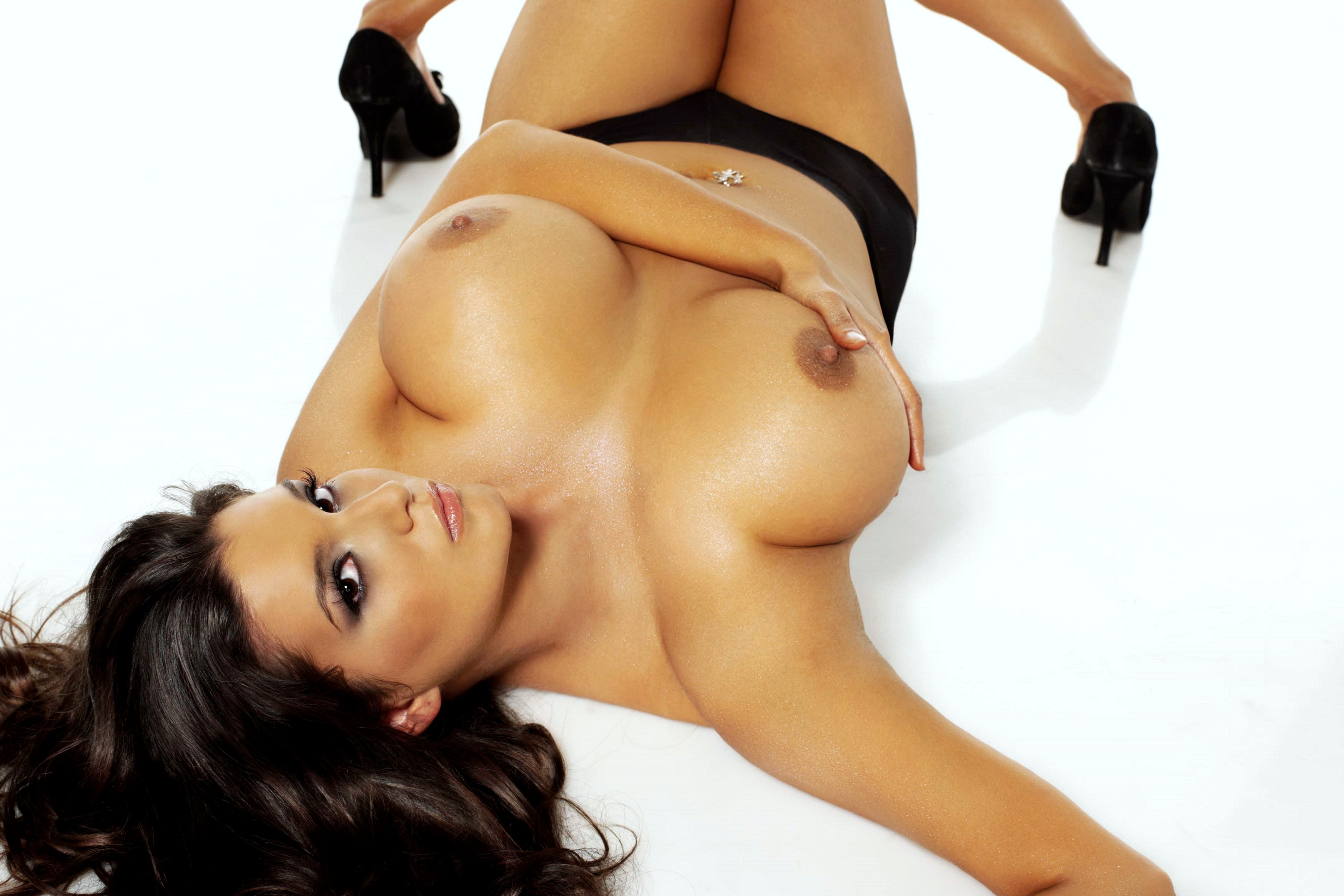 Googlesexy naked curvy women