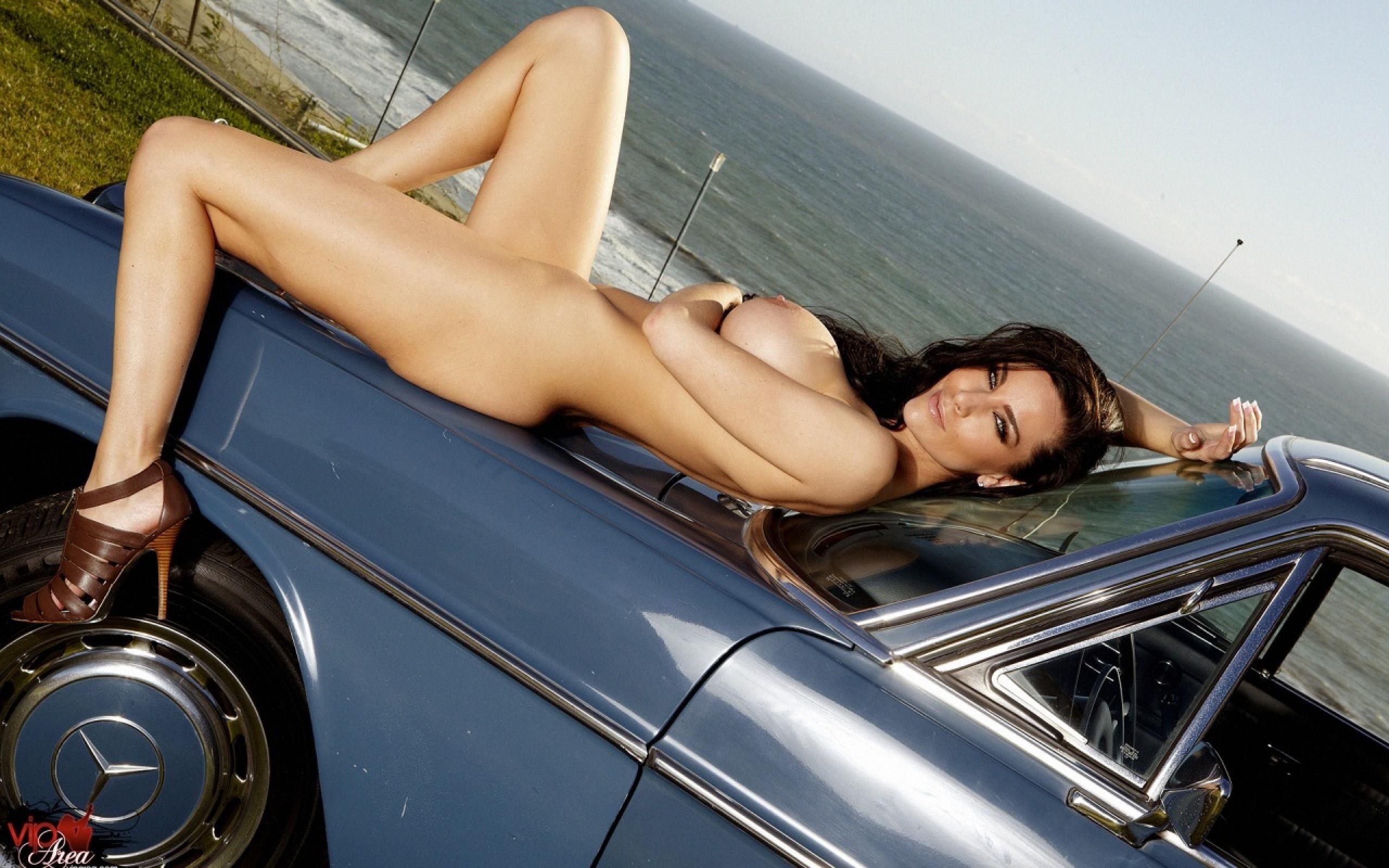 Nude pics in car-7595