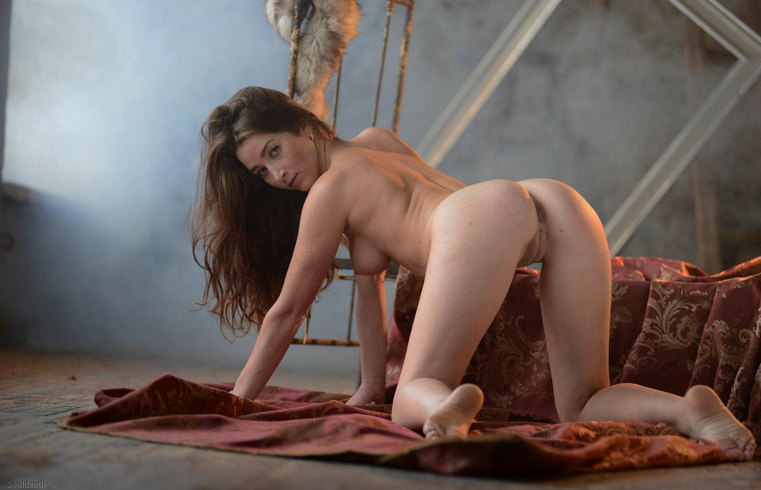 Free erotic art galleries