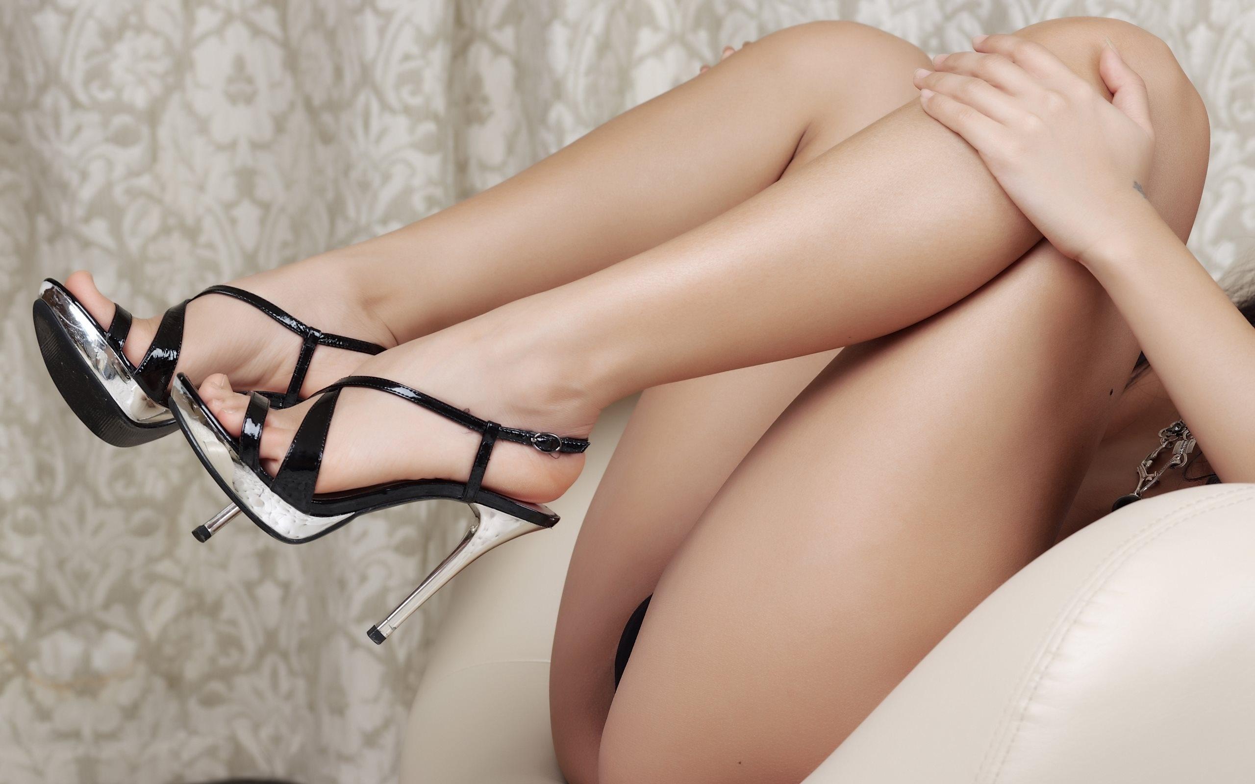 Women's sexy wrap ankle stiletto heels