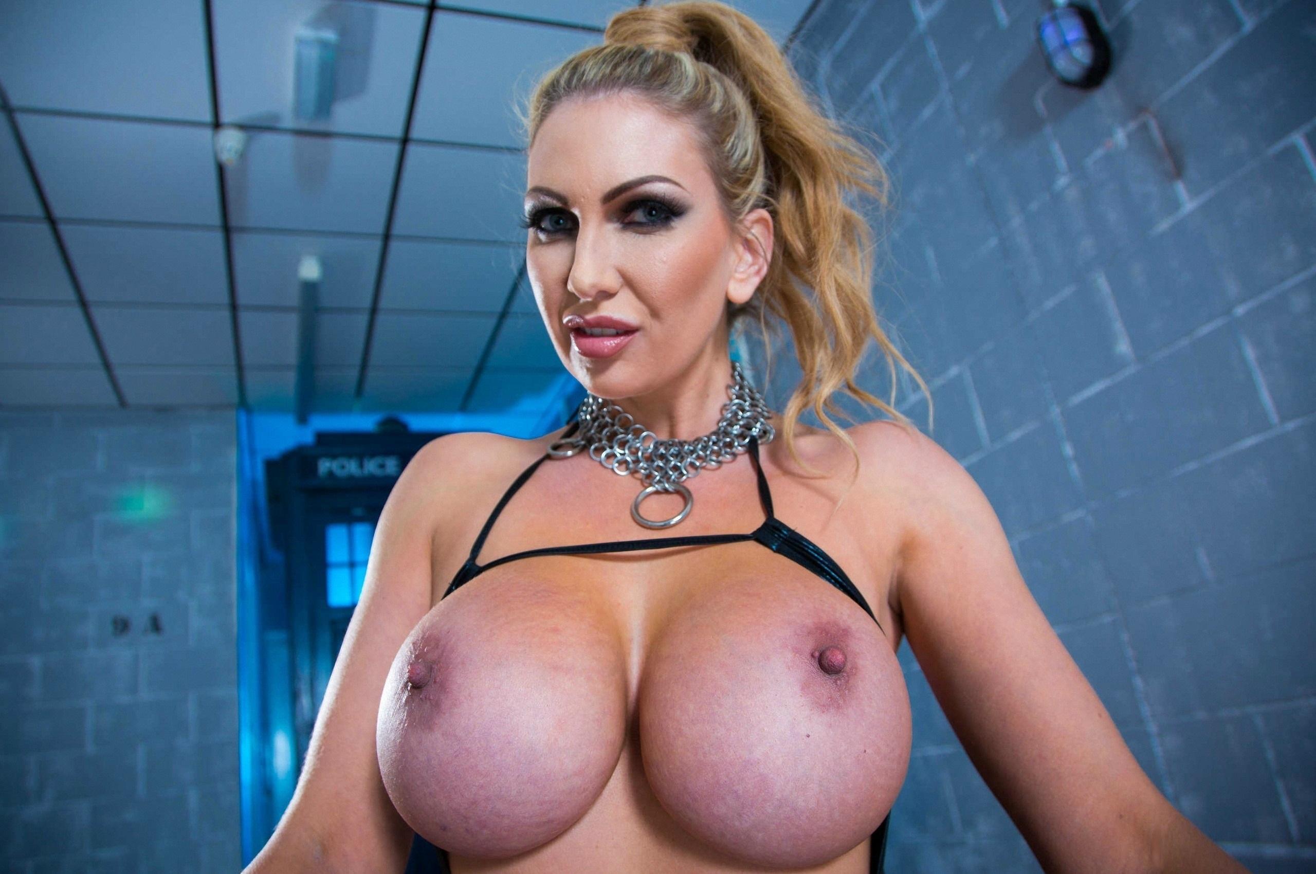 Wallpaper Leigh Darby, Pornstar, Blonde, Big Boobs, Huge -3377