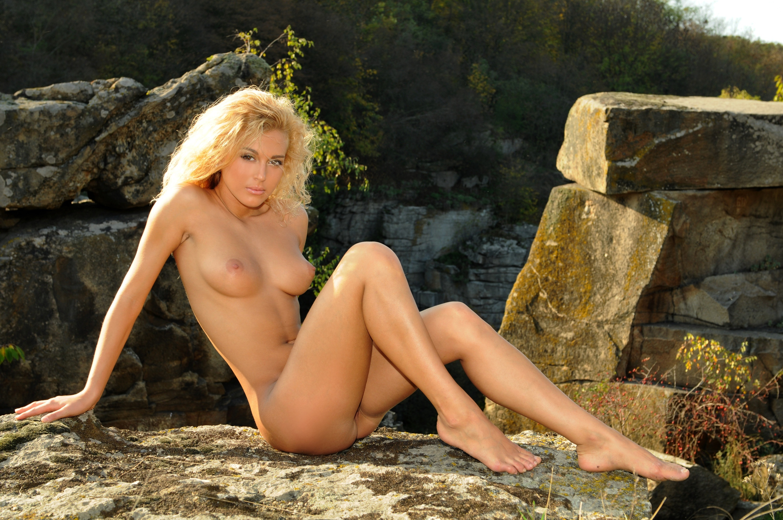 Katja Glieson Naked