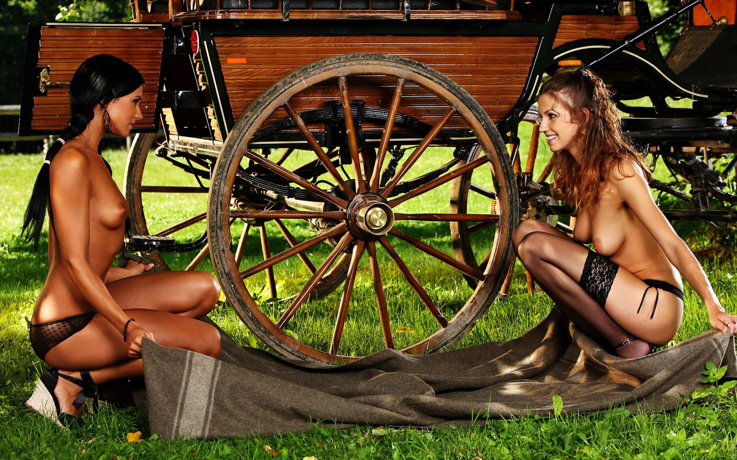 Эротические исторические ролики в карете фото 709-848