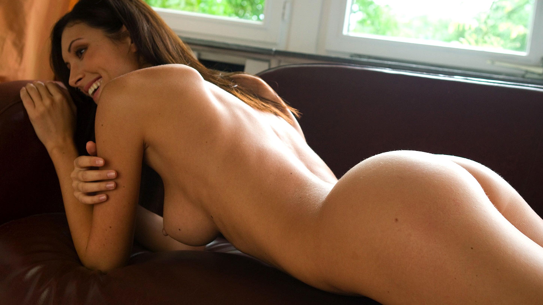 Brunette nude orsi kocsis