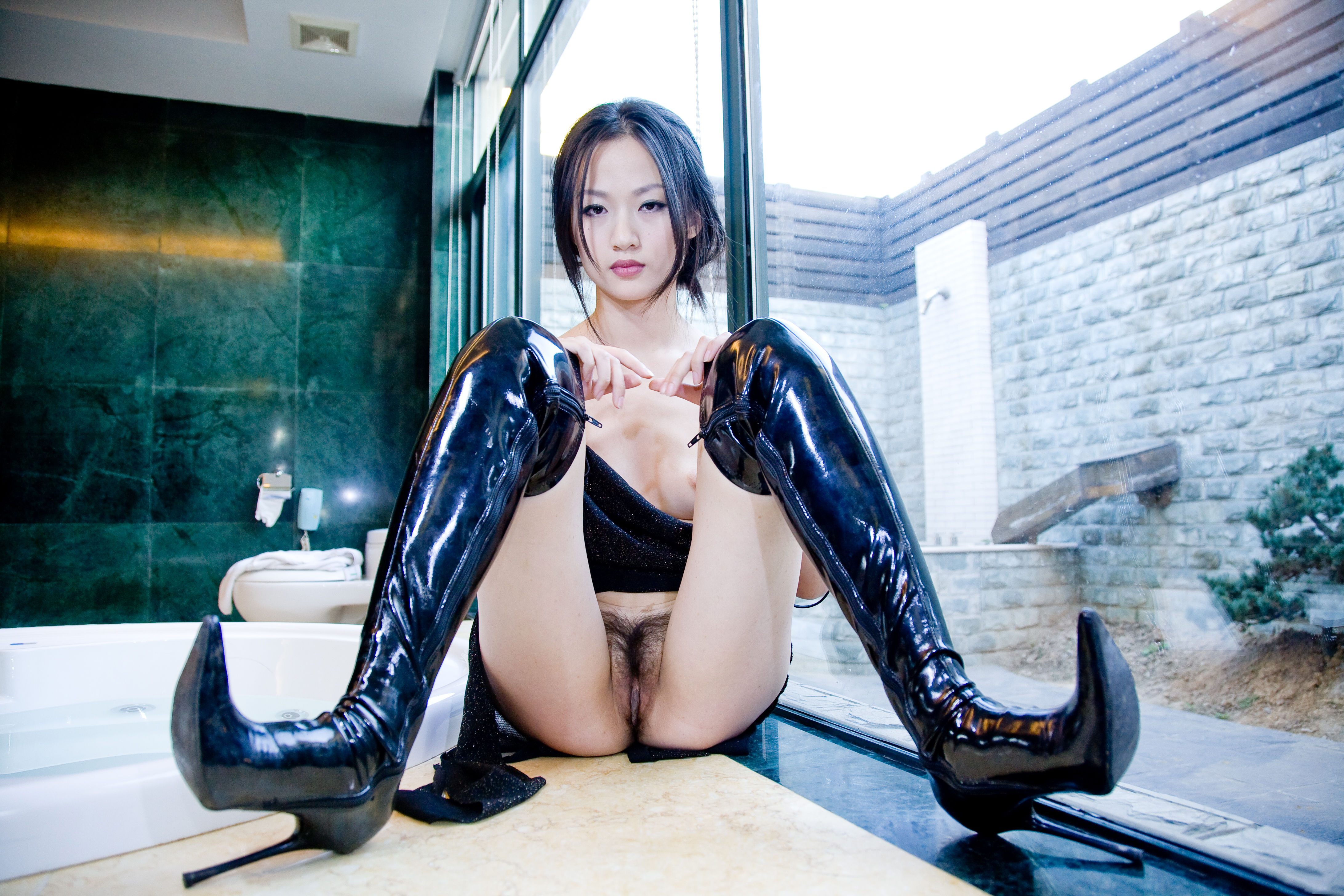 Download Photo 4368X2912, Willy Ho, Asian, Boots, Pussy -7770