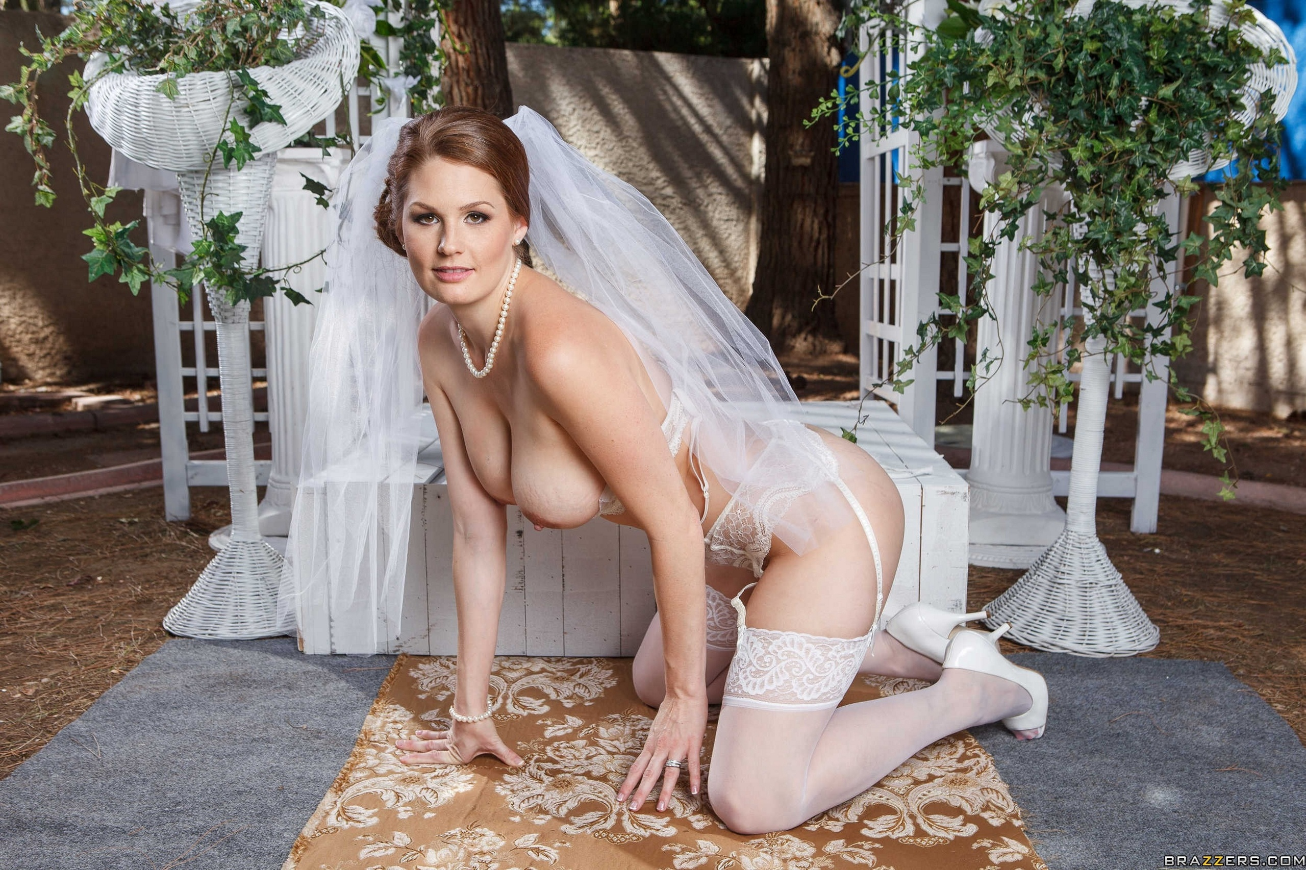 Naked bride in stockings seems brilliant