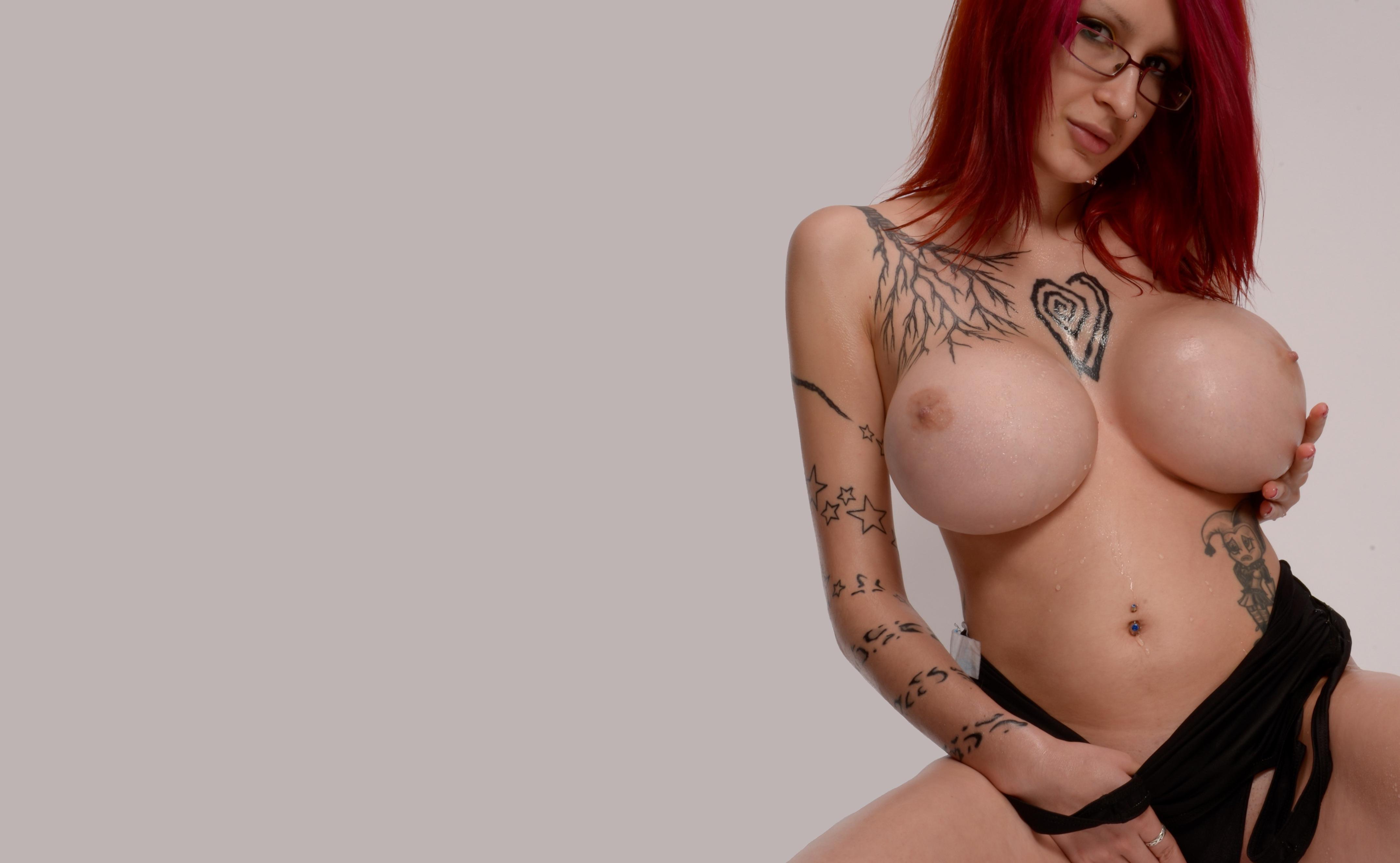 naked bollywood girl photo