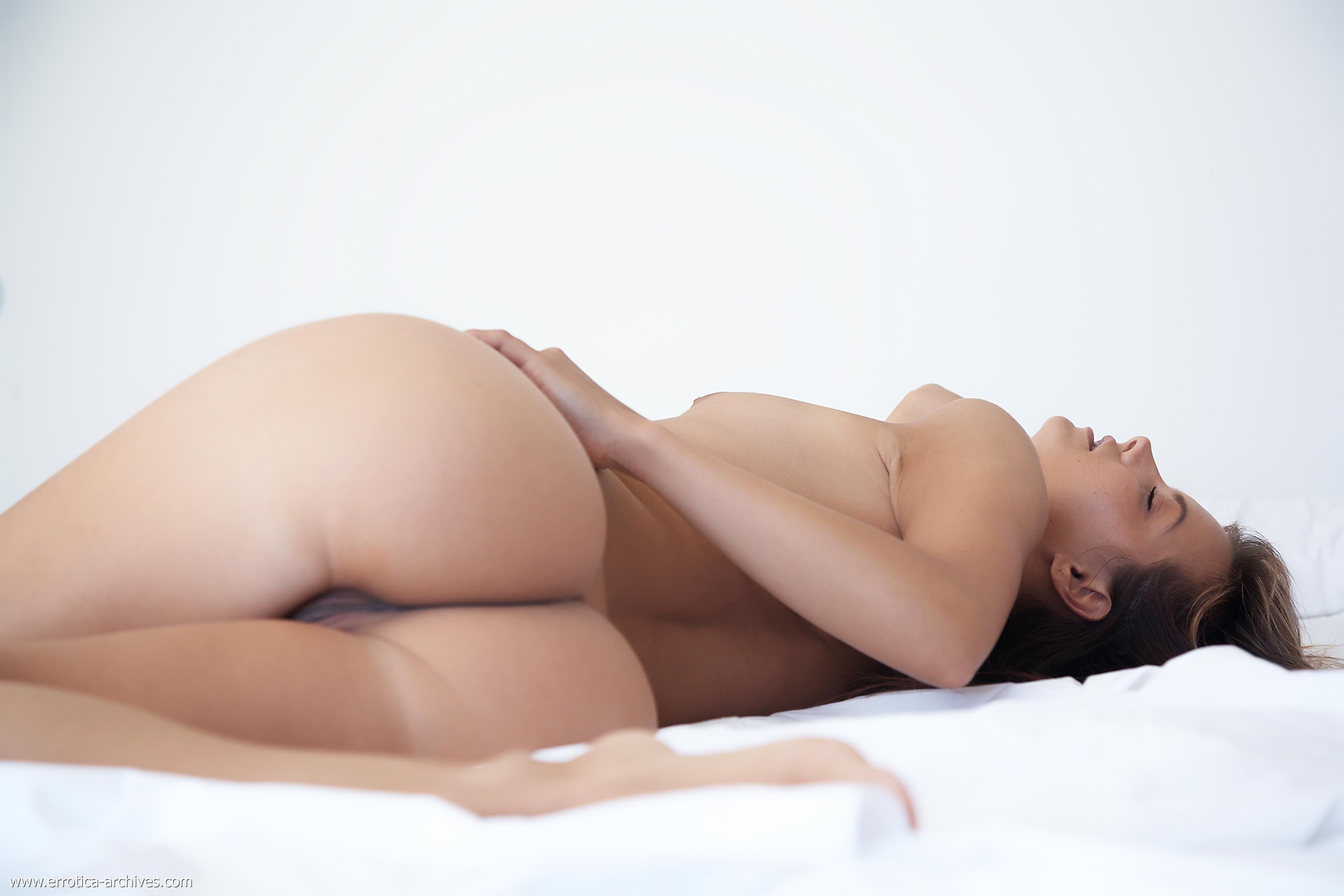 Smal Girl Naked