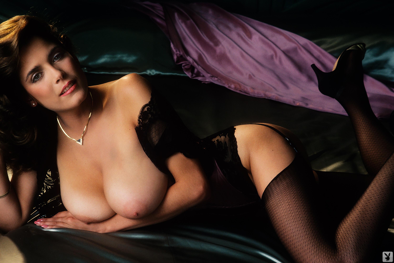 Kemp nude charlotte Kym Malin