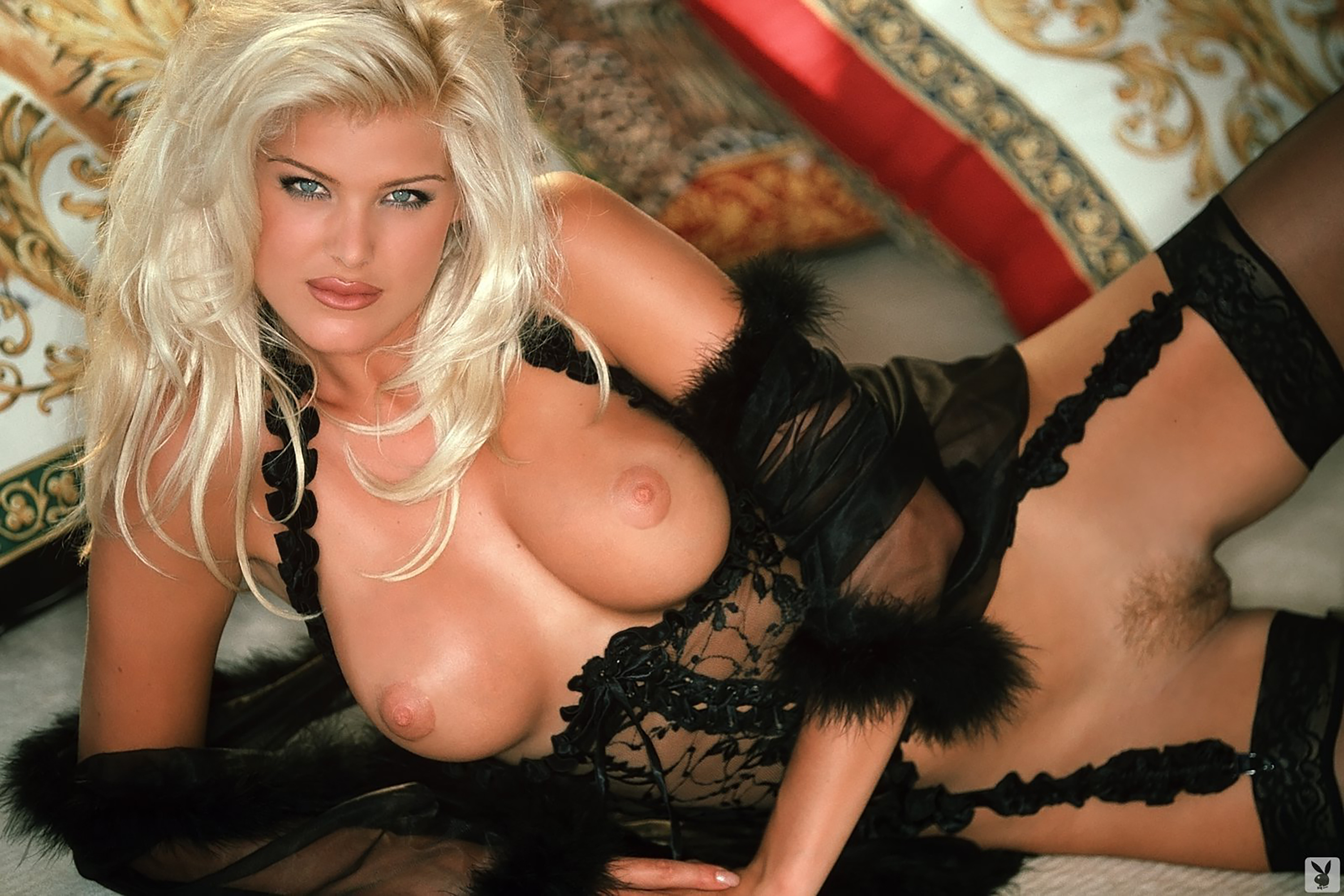 Video porno victoria silvstedt apologise, but