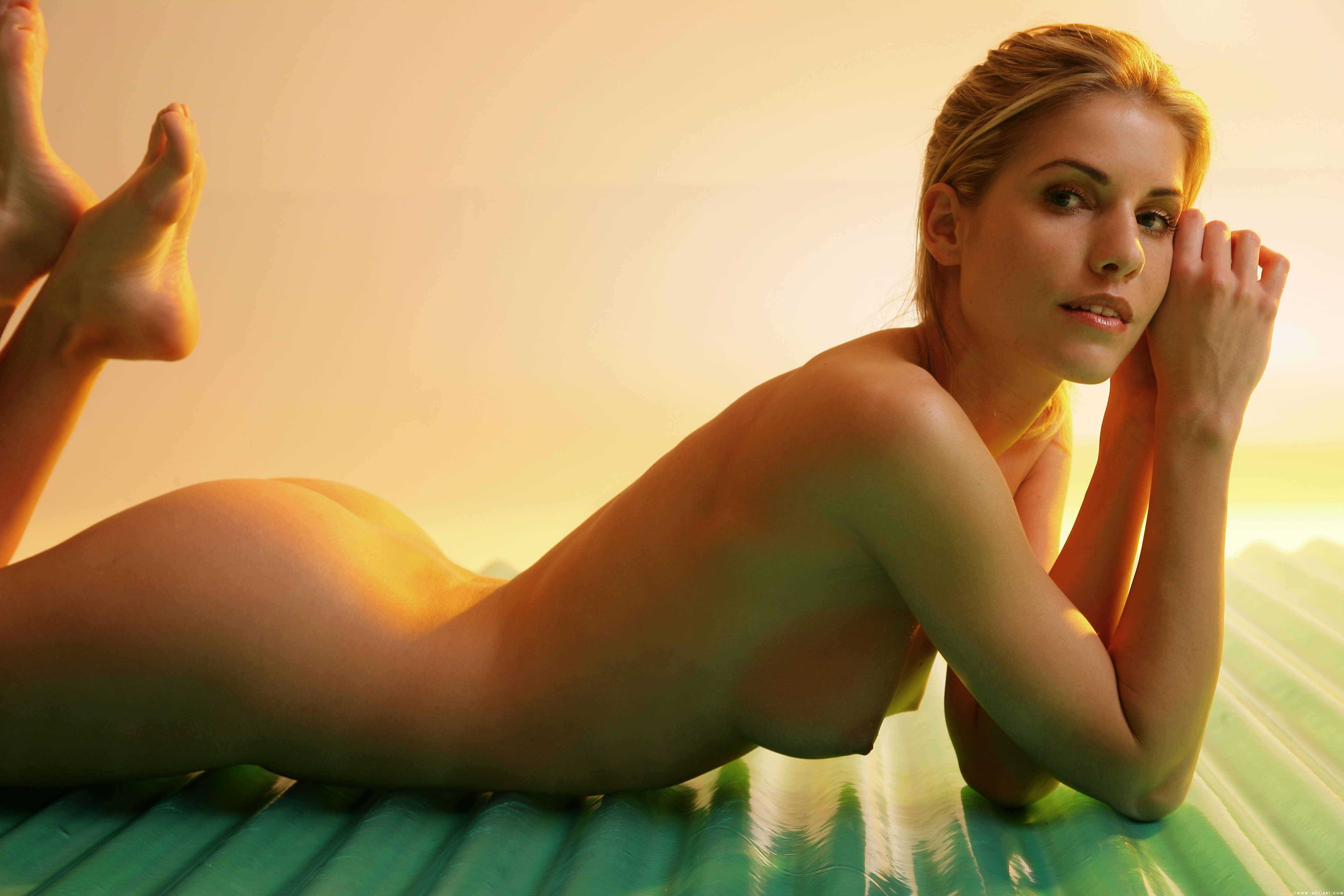 naked arabic women gif