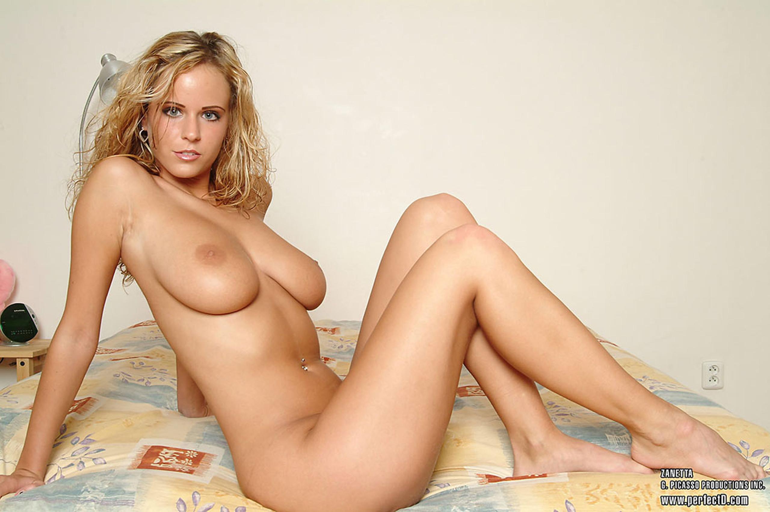 Artistic Nude Girls