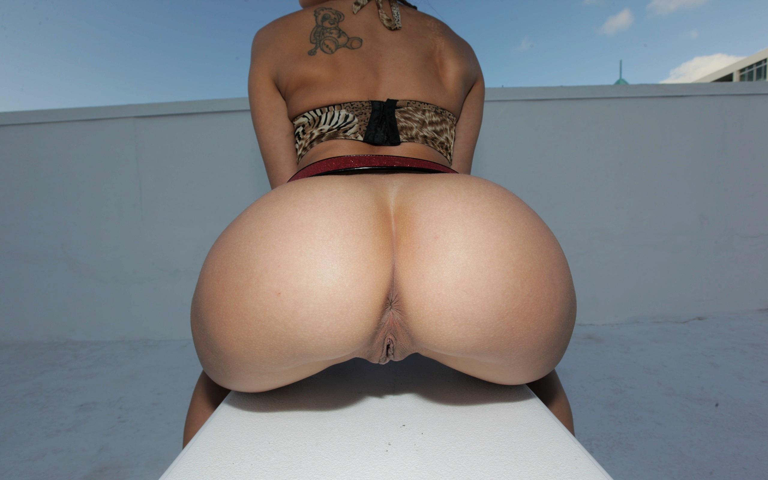 Can Incredible big ass nures very good