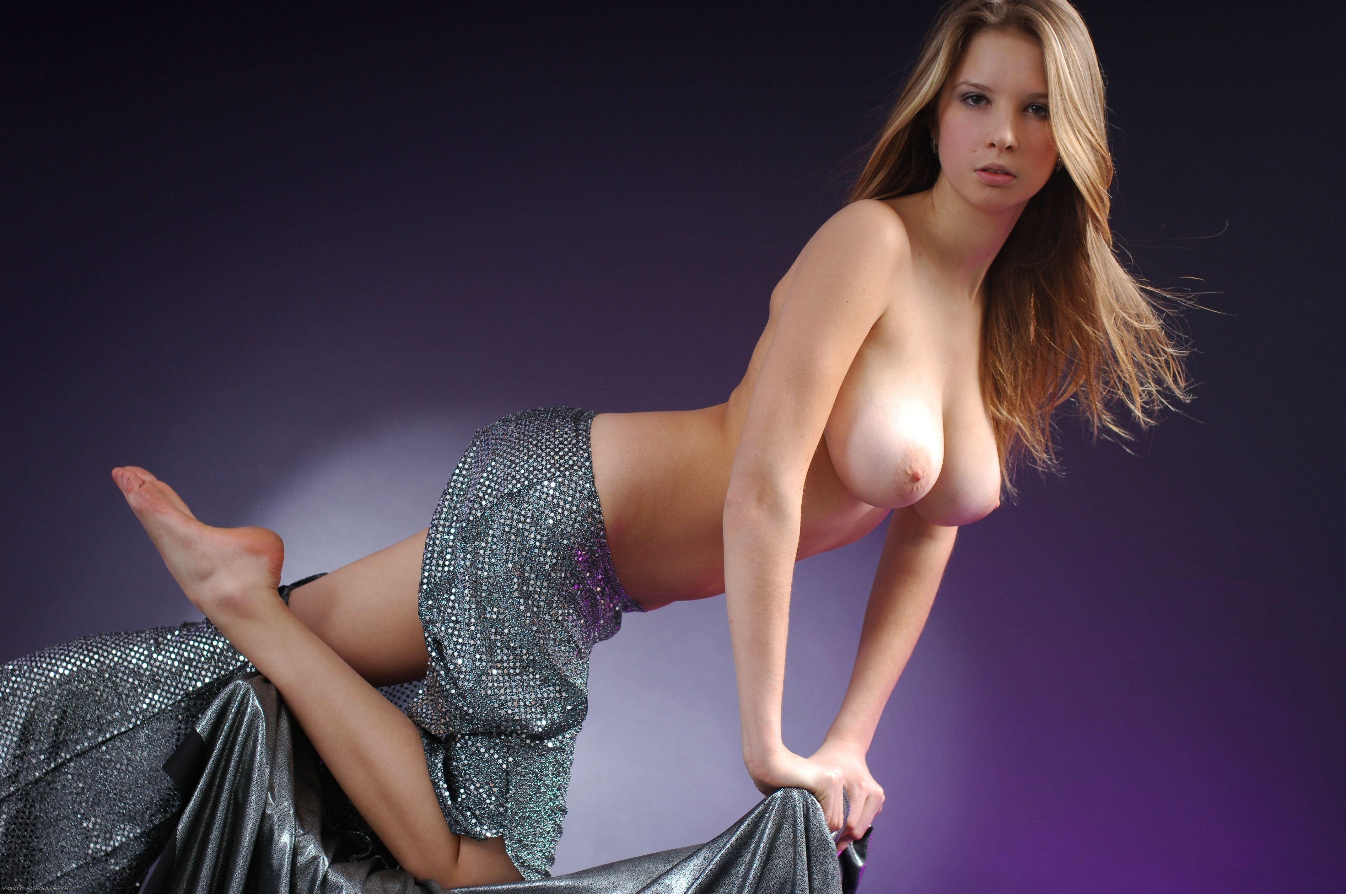 Emma watson mini skirt