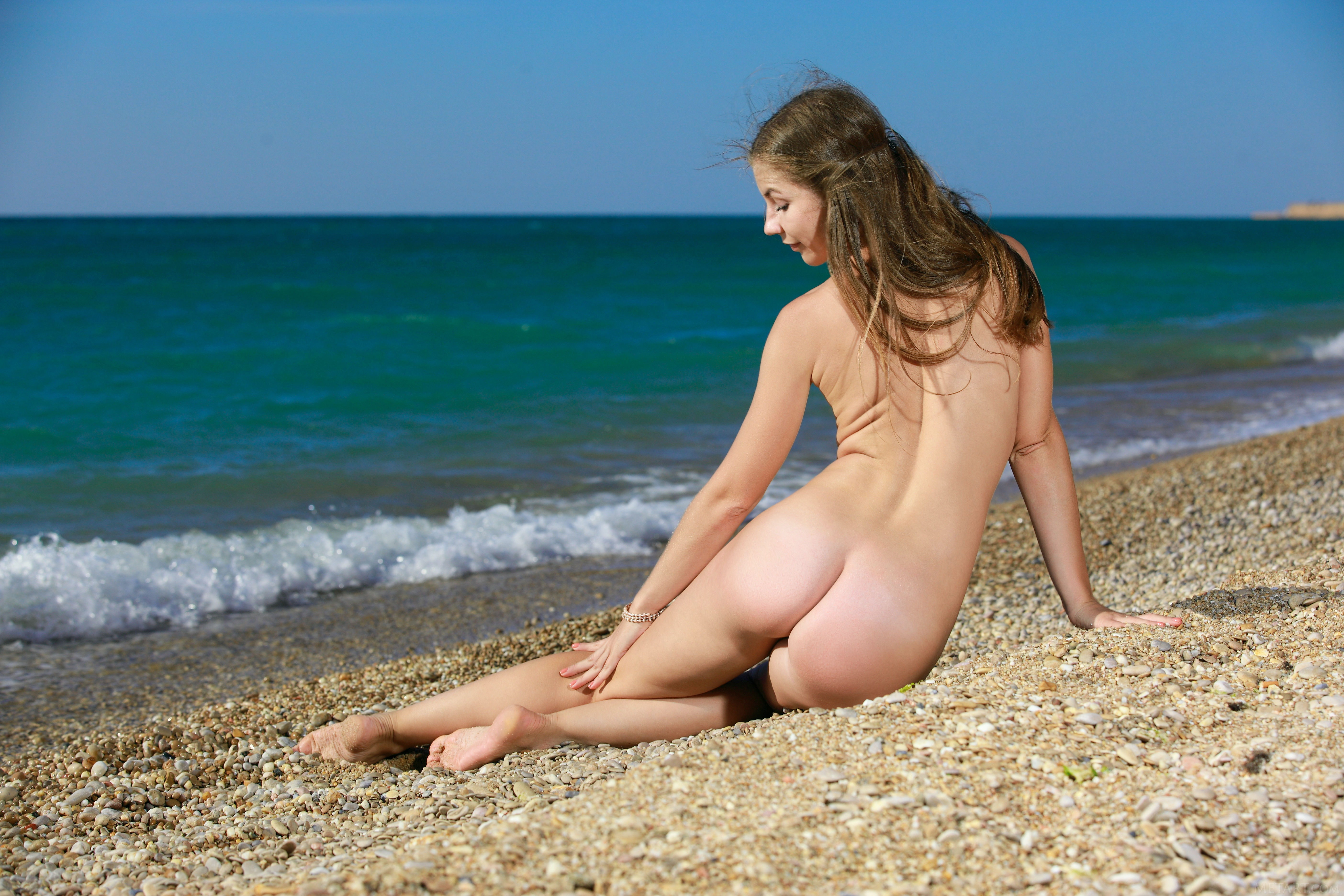 losing-virginity-photos-of-young-girls-nude