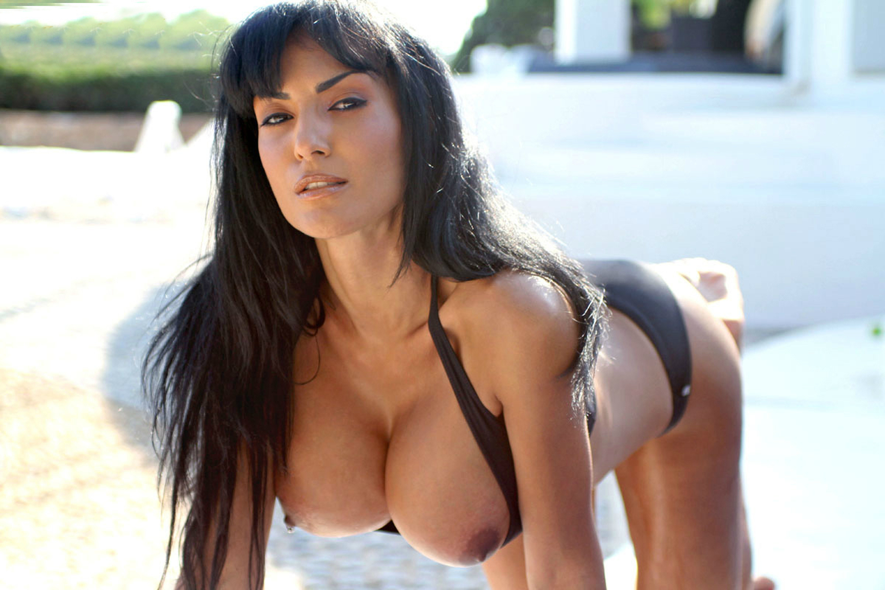 Nude funny photos of women