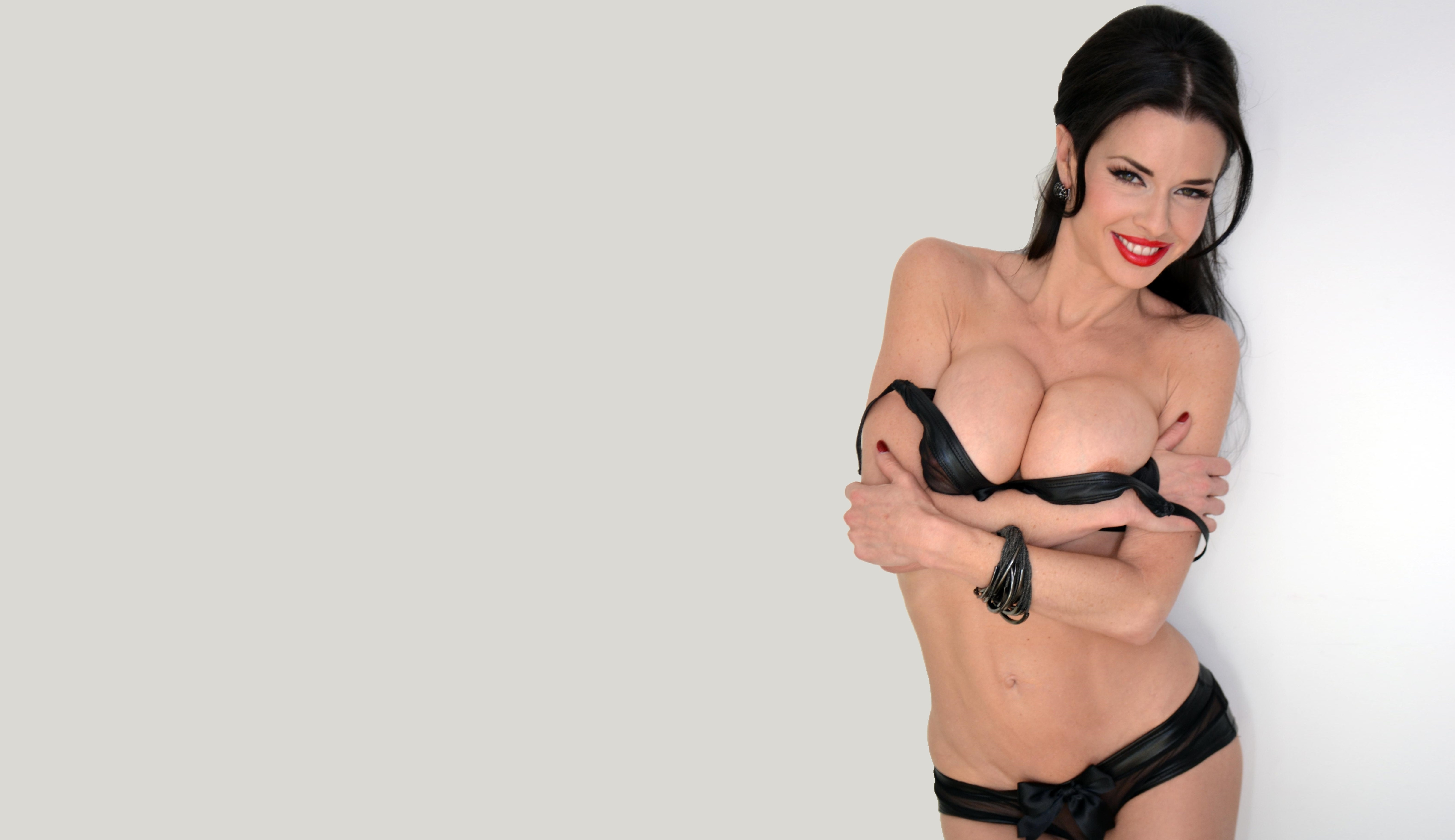 26 Veronica Avluv Hd Wallpapers And Photos Ftopxcom
