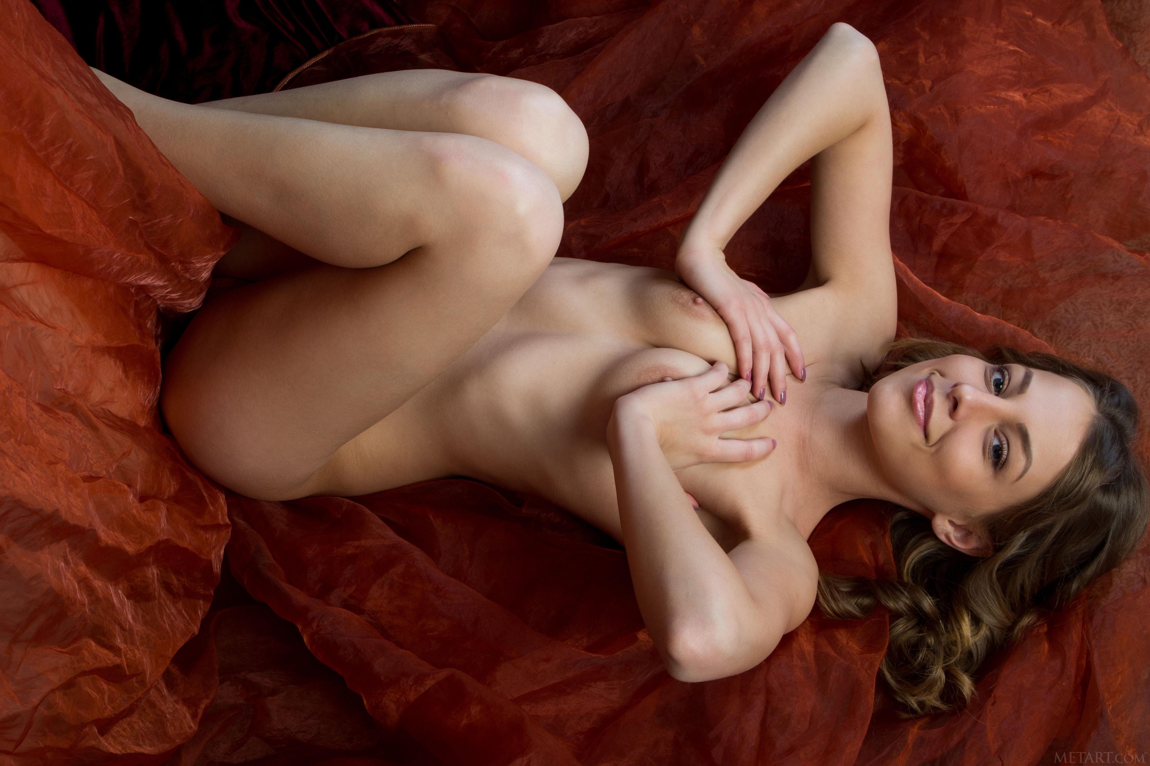 smotret-novinki-erotiki-besplatno