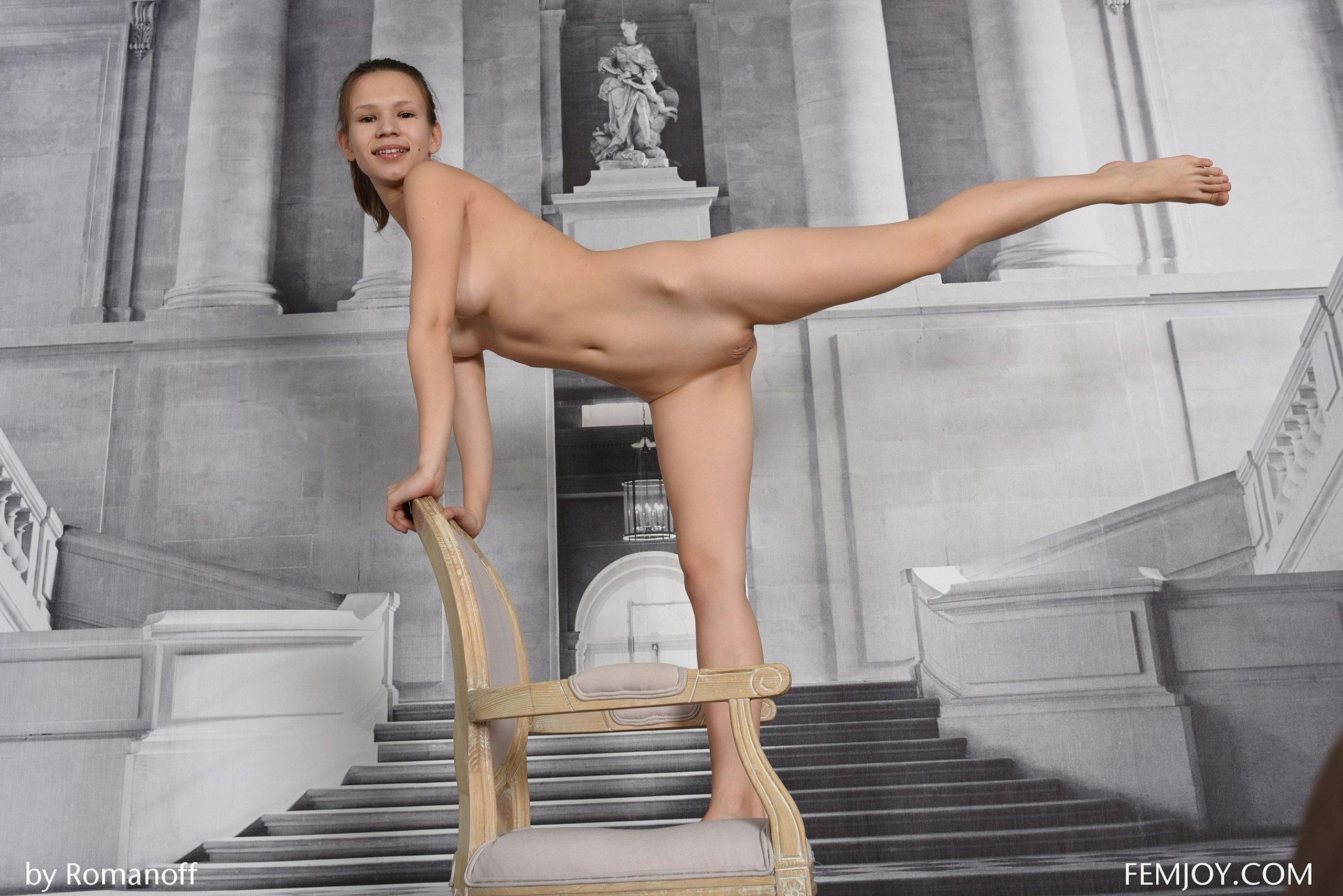 leg splits for fucking videos