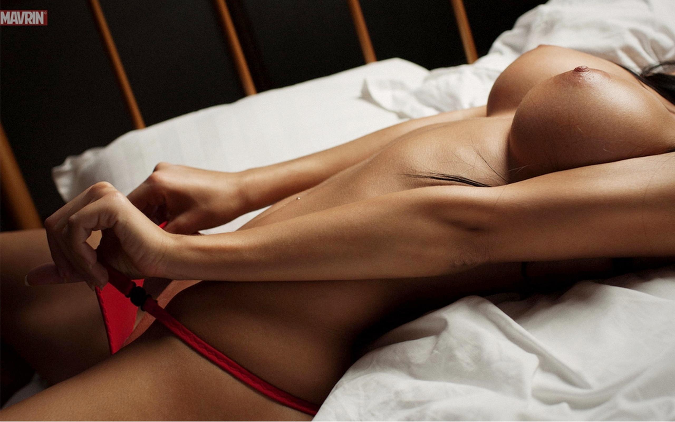 Эротические тела девушек без лица 6 фотография