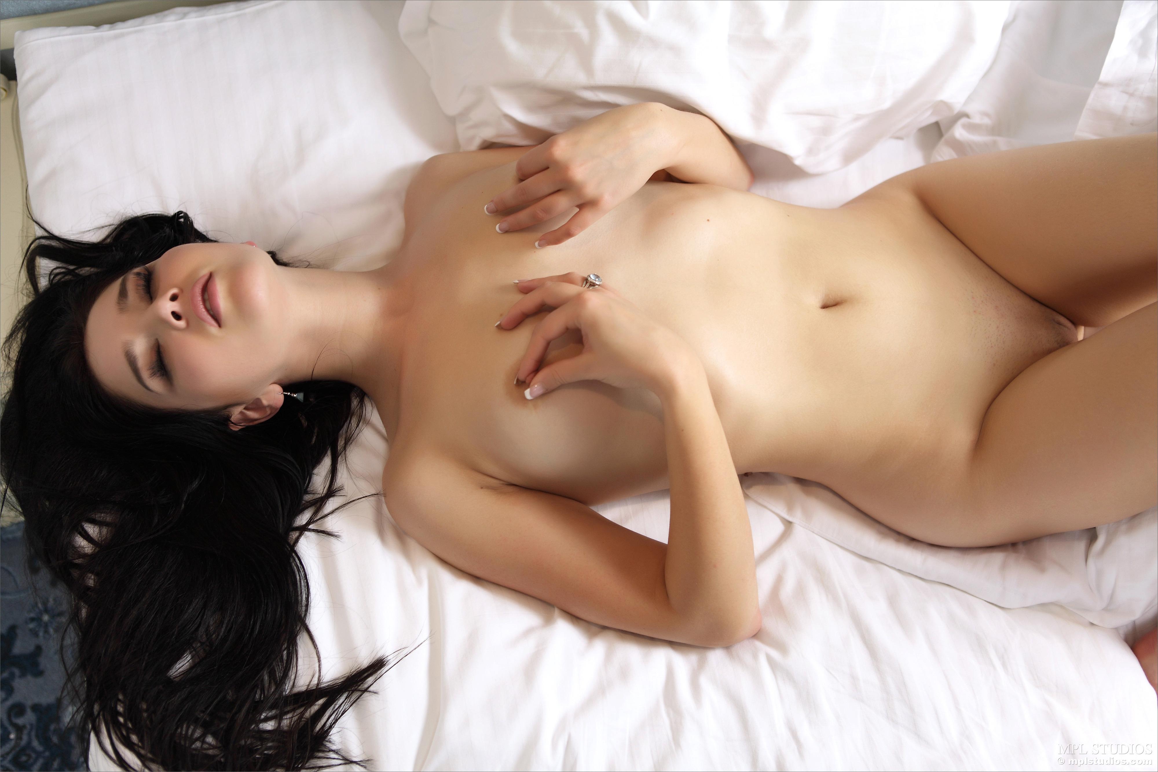 malena-malay-naked