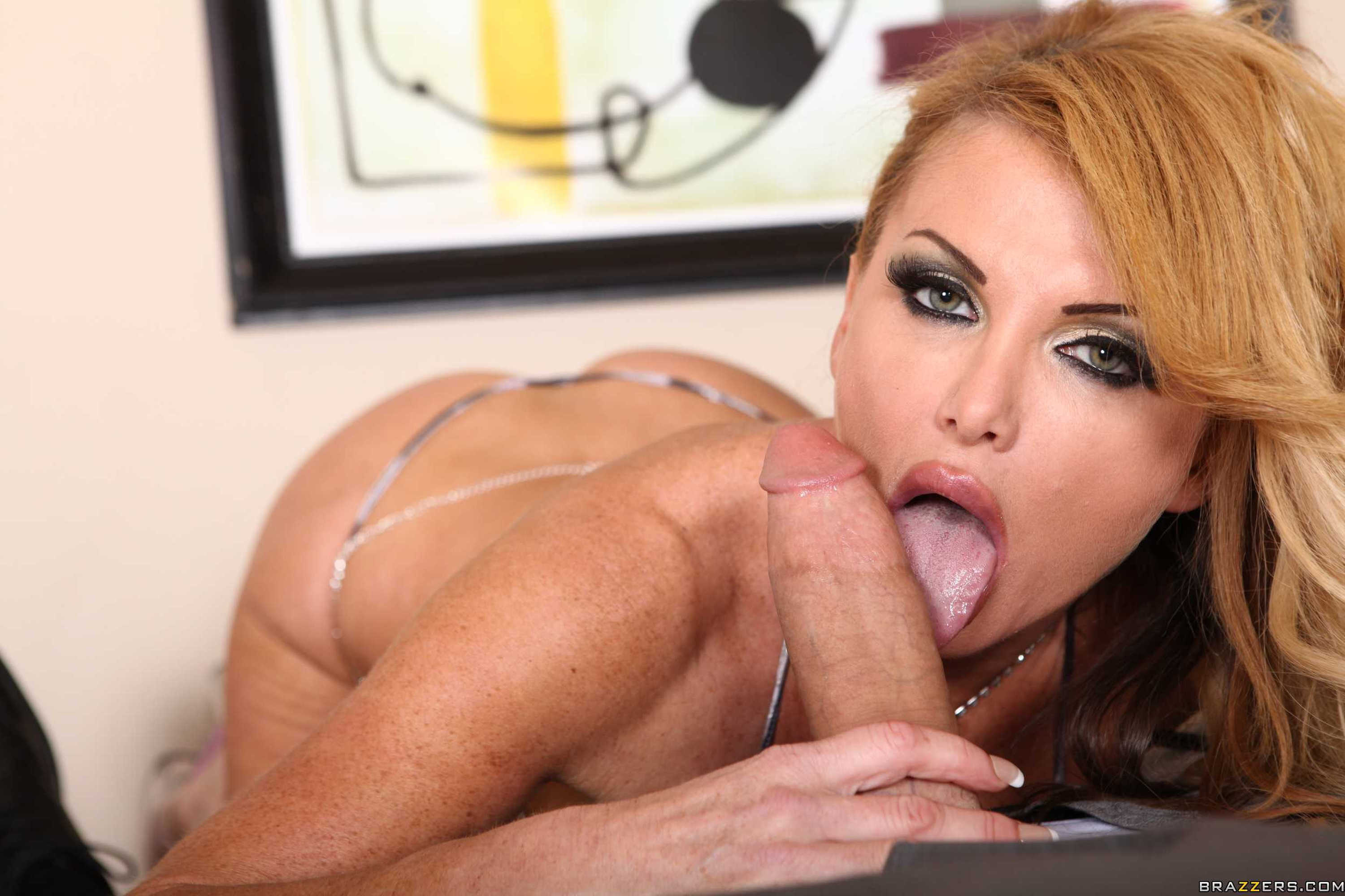 image Hot pornstar oral with cum in mouth