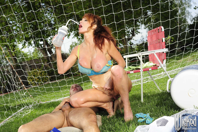 Feuer und eis swinger erotische massage nürnberg