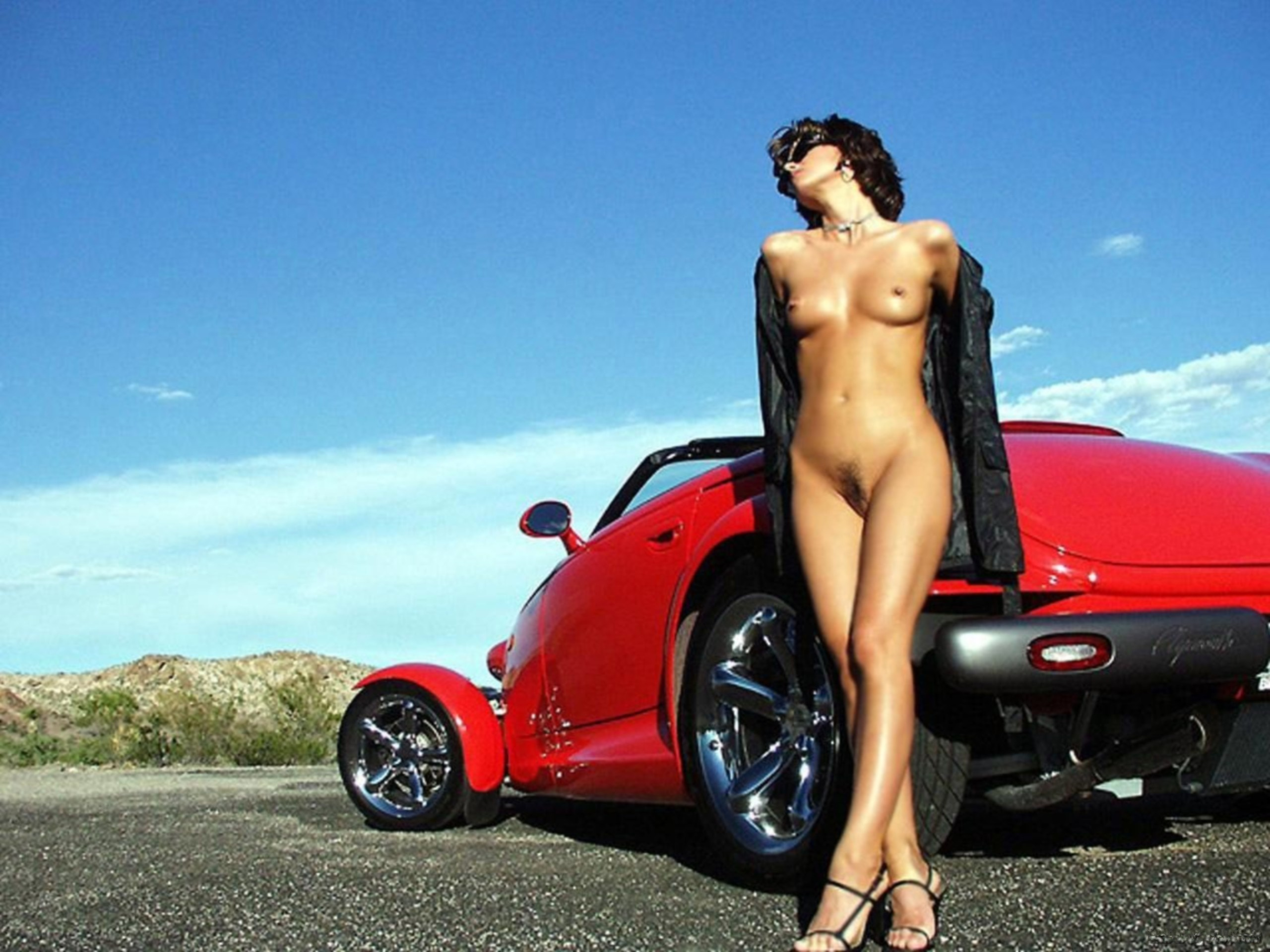 lesbian-sex-naked-women-with-fancy-cars