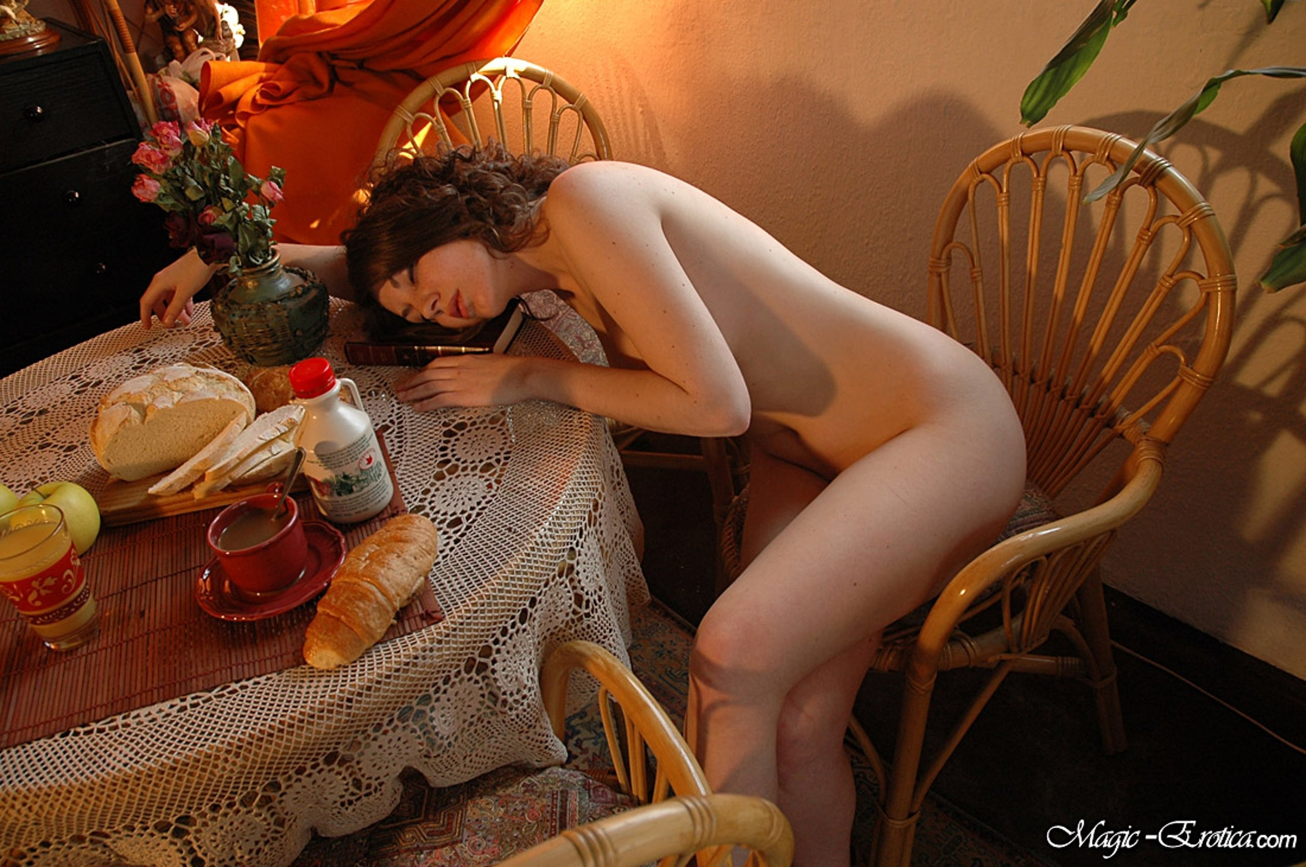 Bed and breakfast with naked wife