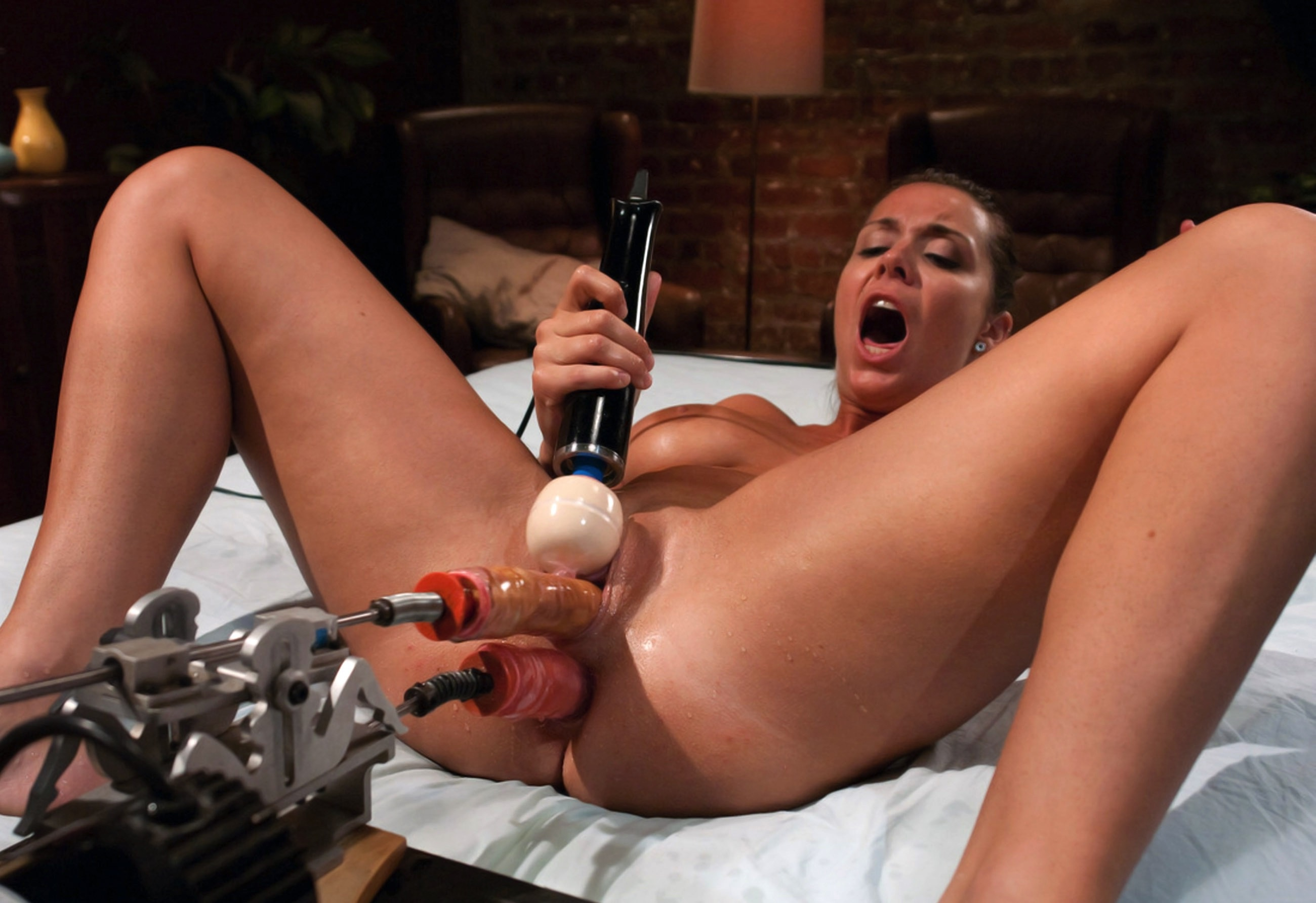 female on female sex dildo fuck machine