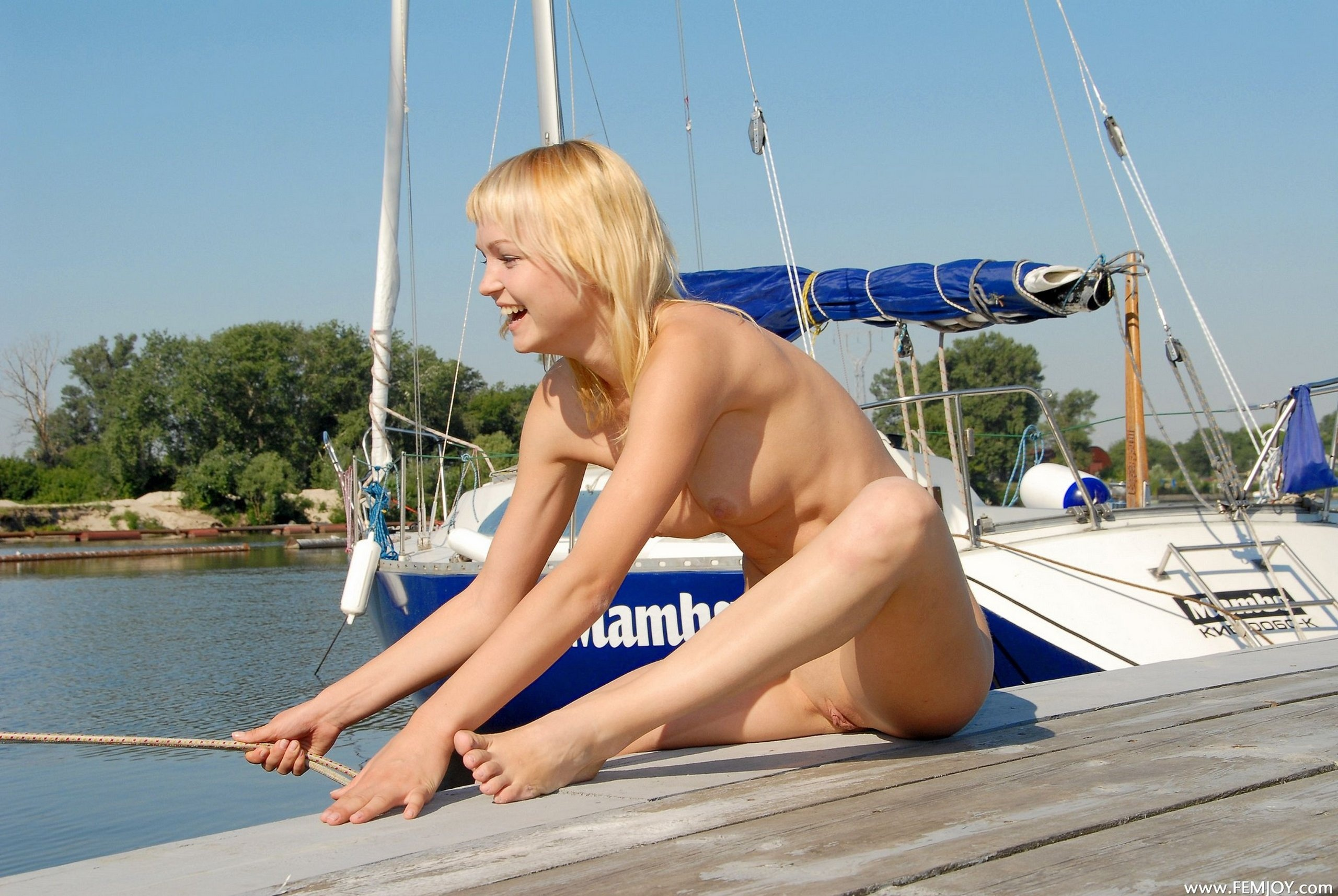 Apologise, Nude blondes on boats the