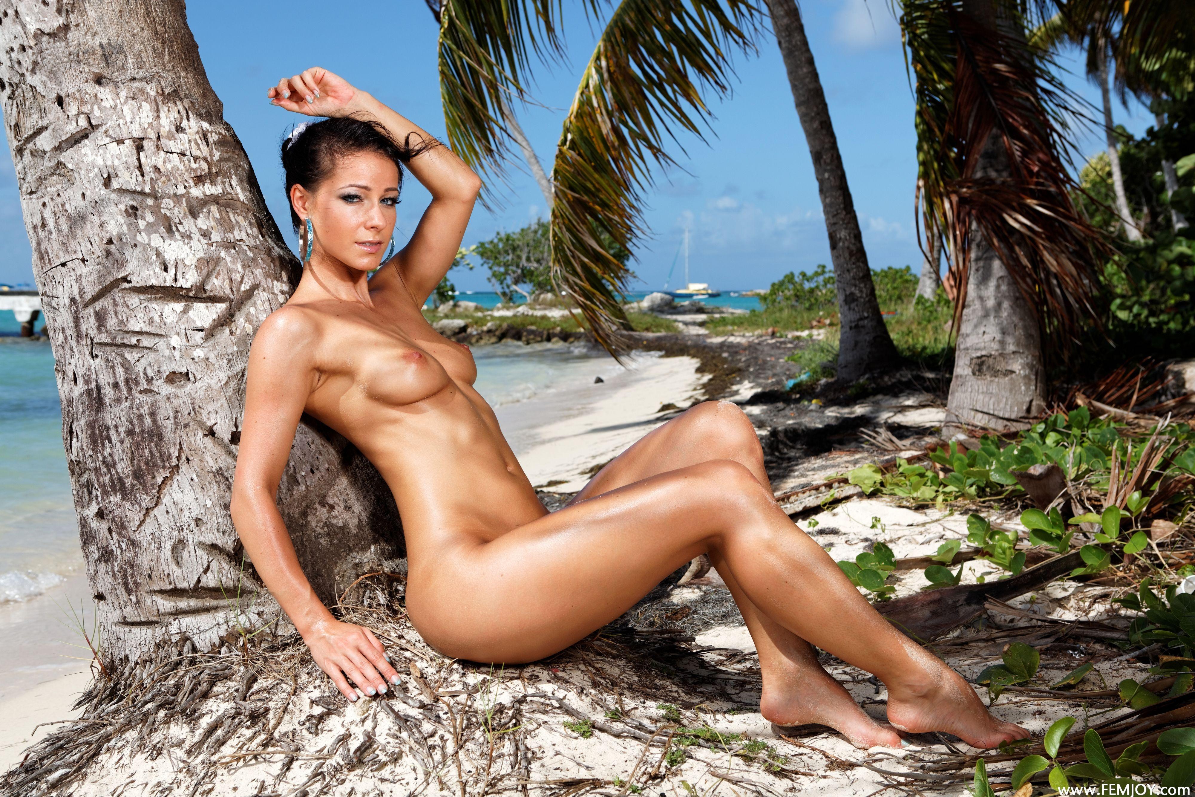 lexa naked brunette yoga Nude